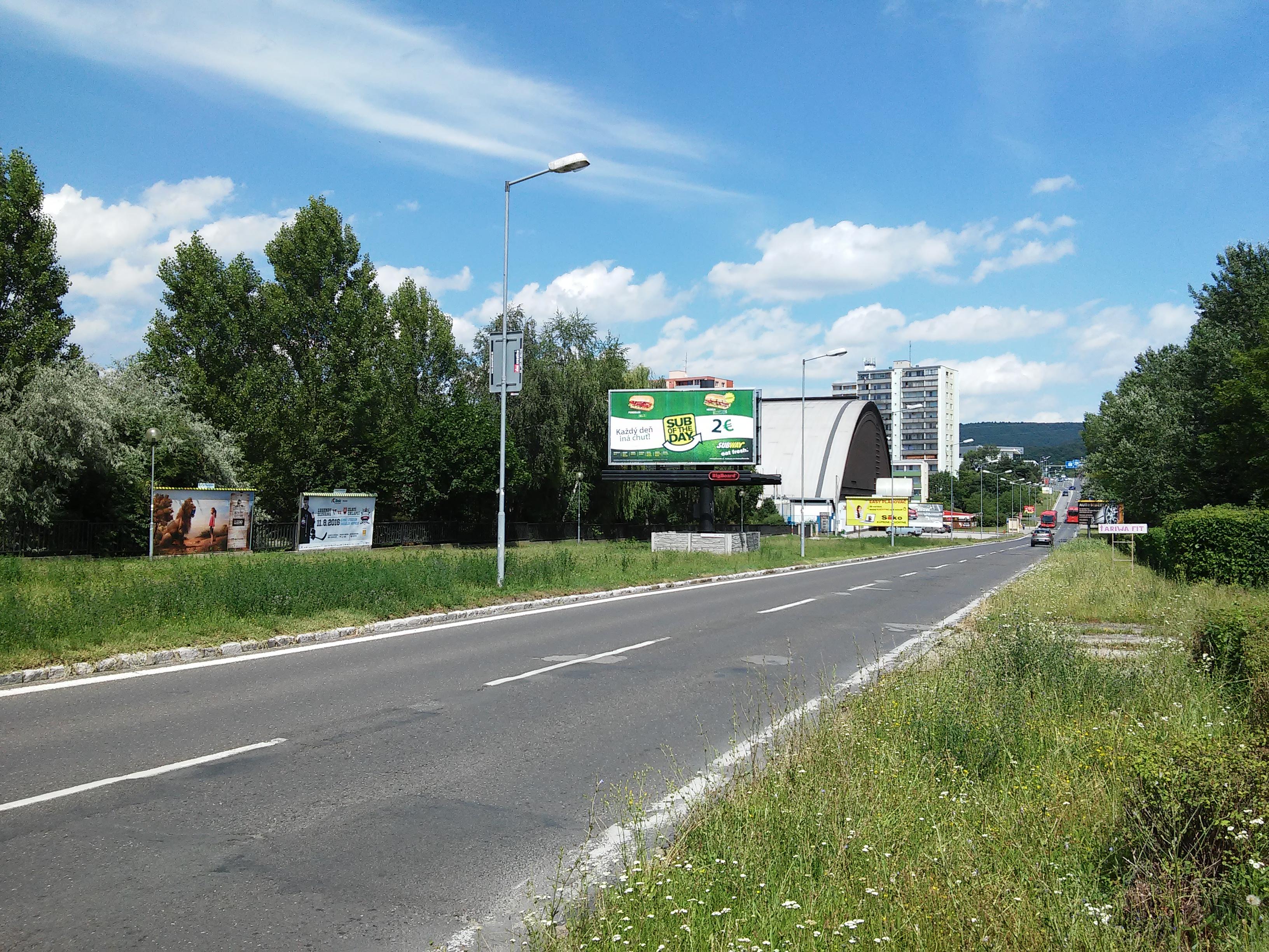 0ee952aed Harmincova ulica (Bratislava) – Wikipédia