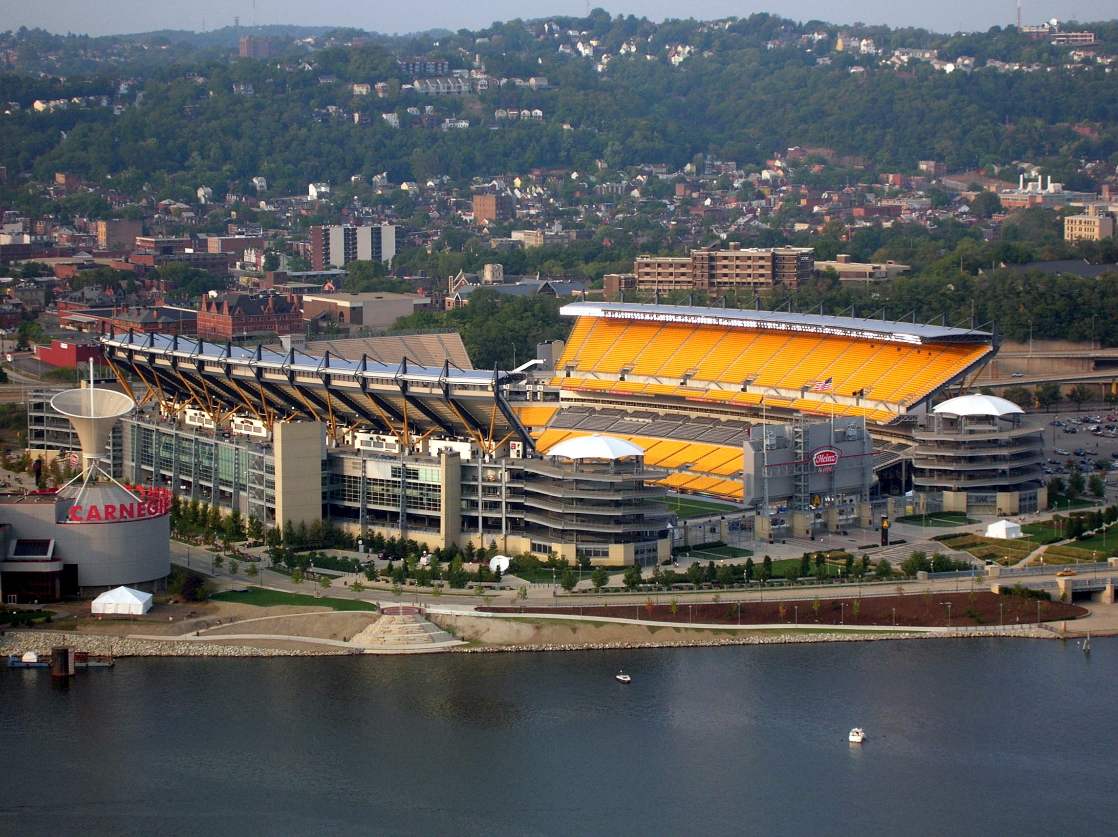 Pittsburgh (PA) United States  city photo : 12/7/16 HEINZ FIELD, PITTSBURGH, PA UNITED STATES / Guns N' Roses ...