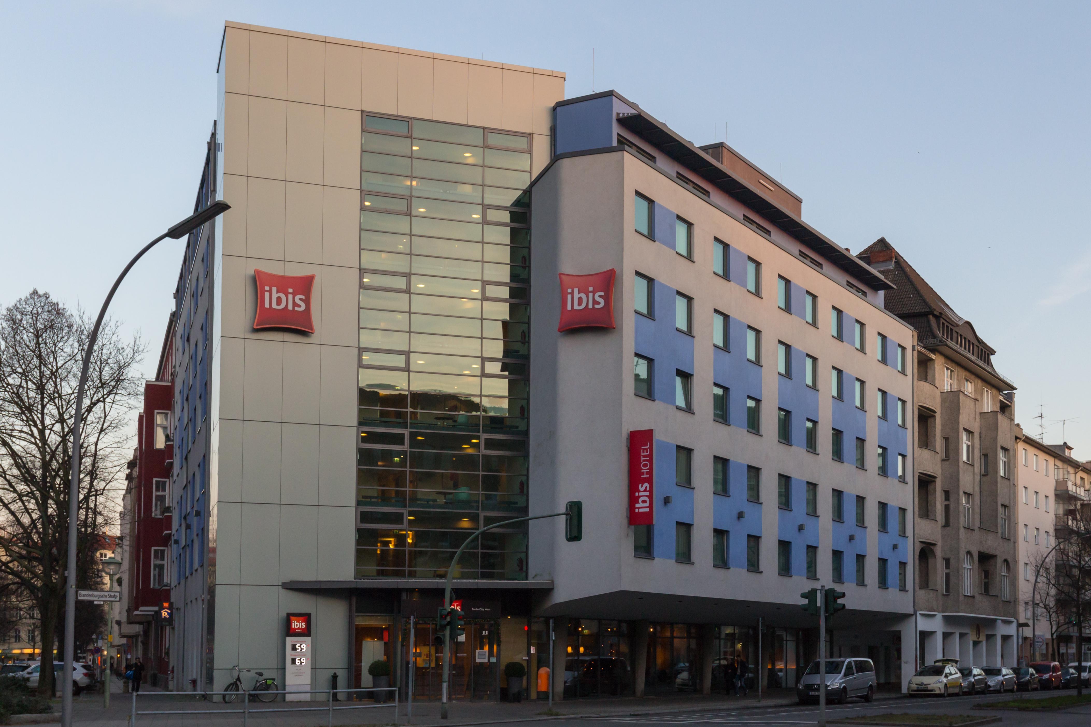 Datei Ibis Hotel In Wilmersdorf 20151219 25 Jpg Wikipedia