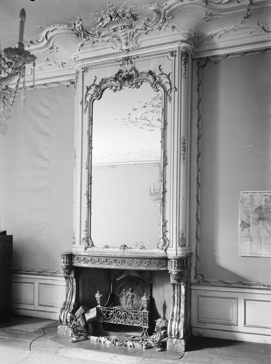File:Interieur, schouw met spiegel - \'s-Gravenhage - 20088897 - RCE ...