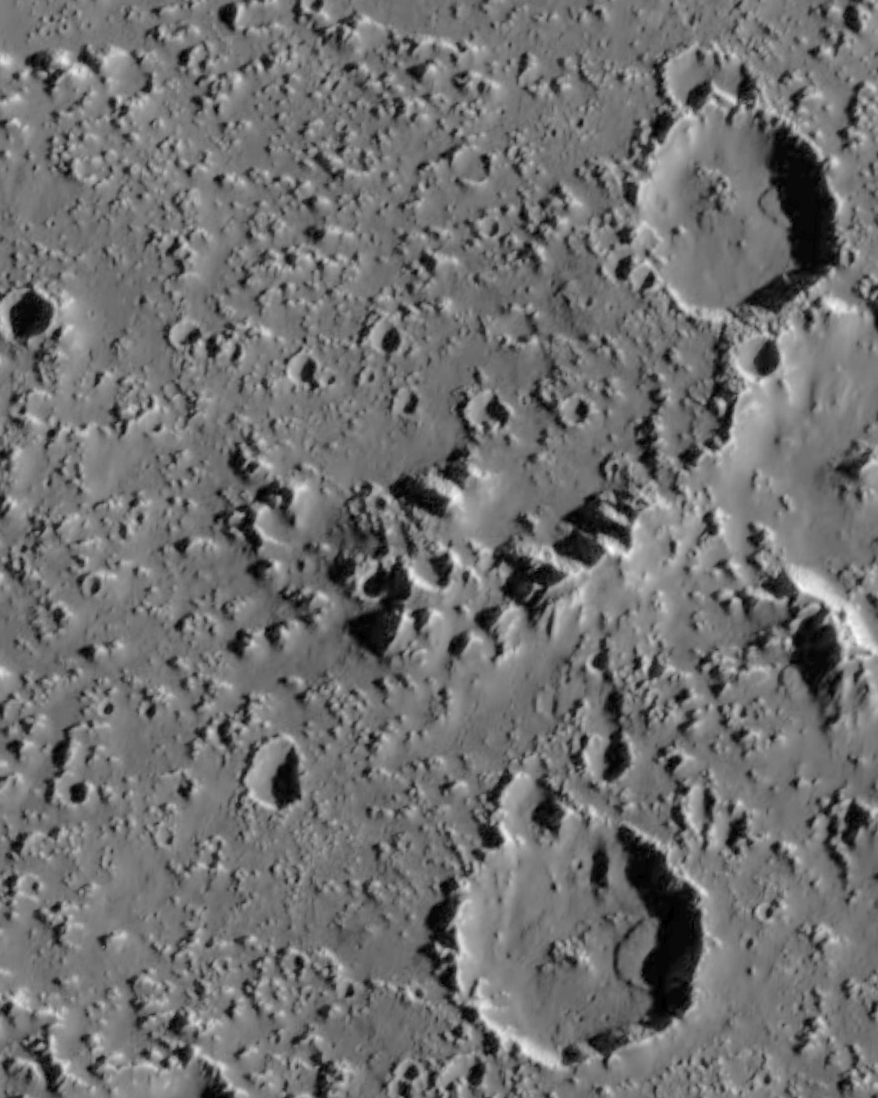 Callisto Map Two landslides 3 3 5 km long