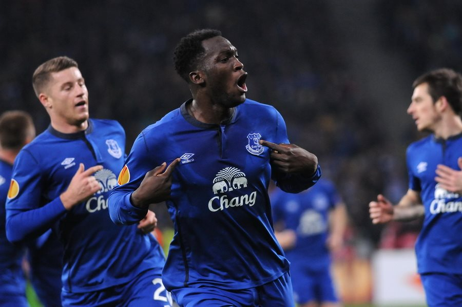 Romelu Lukaku, the favorite for the Golden Boot, celebrates a goal for Everton, before his big-money move to Manchester United.