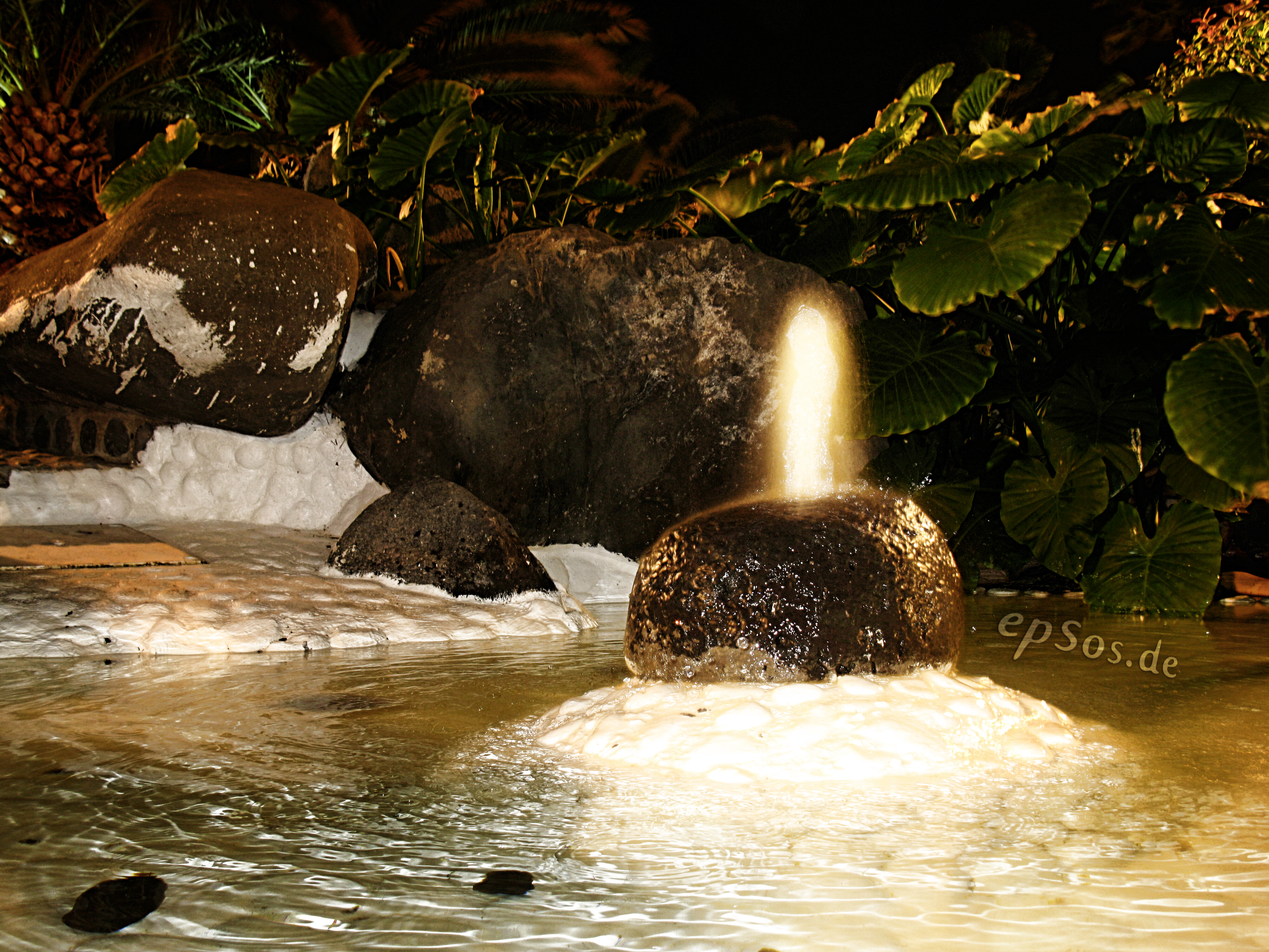 File:Magic Water Fountain Light At Night Garden