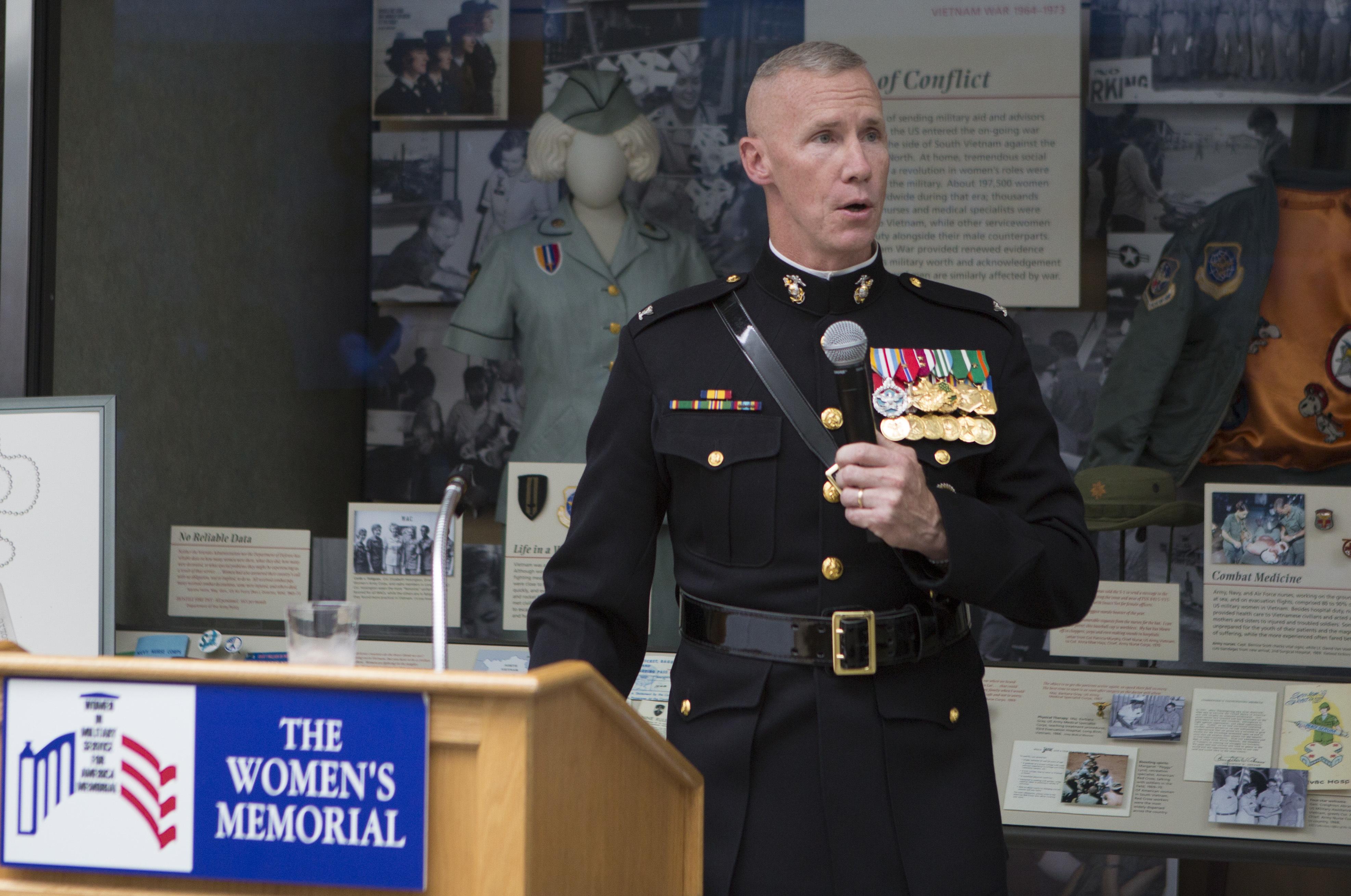 File:Marine Barracks Washington Sunset Parade July 11, 2017 170711-M