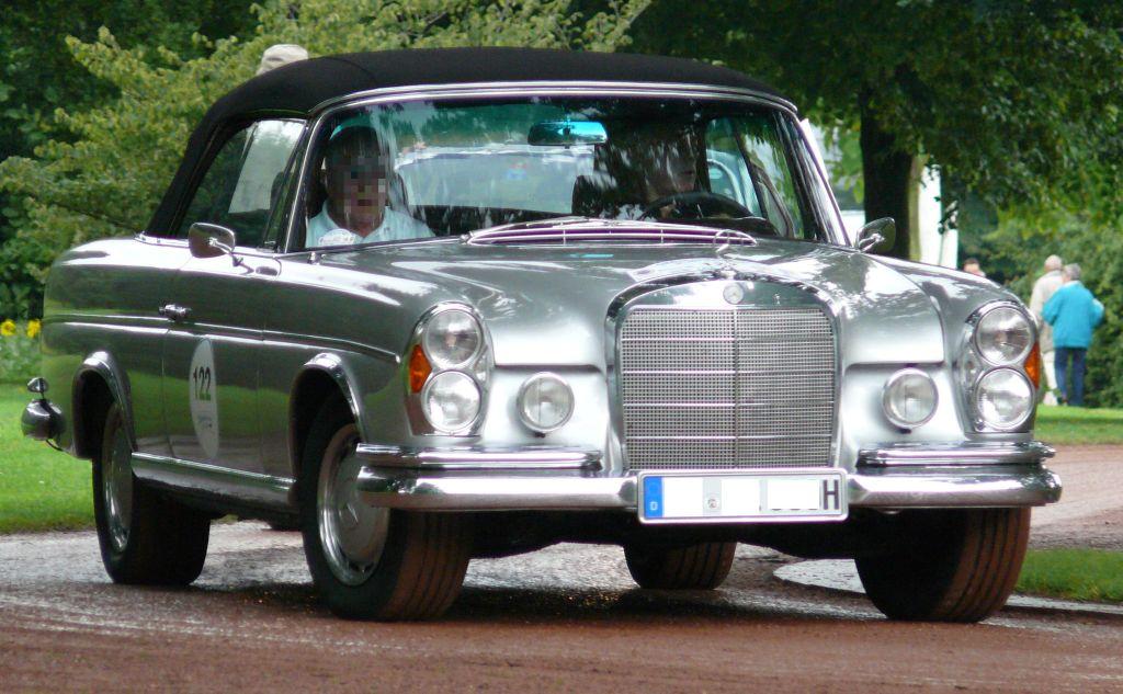 File mercedes benz 300 se cabriolet silver for Mercedes benz 300 se
