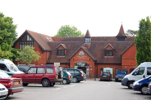 New Forest Centre - geograph.org.uk - 1329735