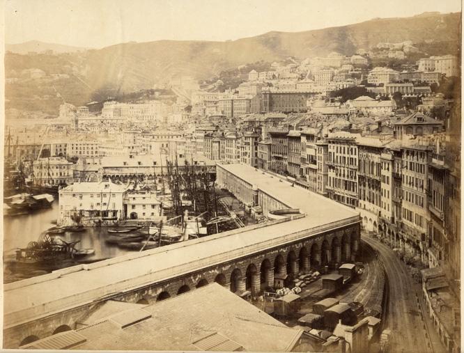 Gênes, la terrasse de marble ancienne promenade au dessus du port aujourd'hui détruite.