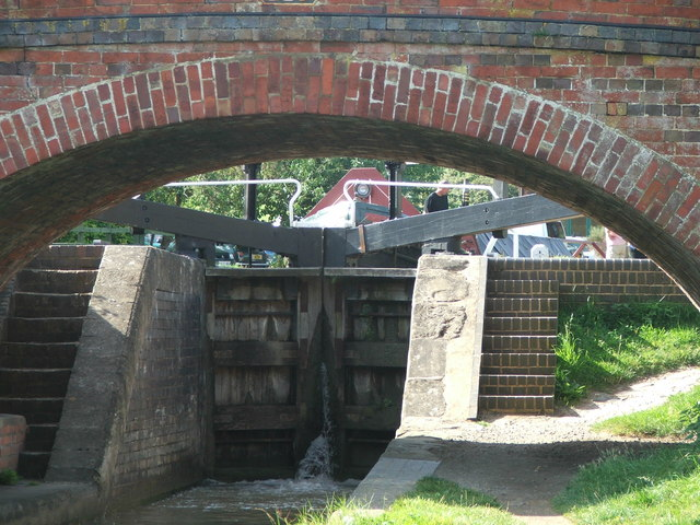 Oxford Canal at Marston Doles - geograph.org.uk - 432841
