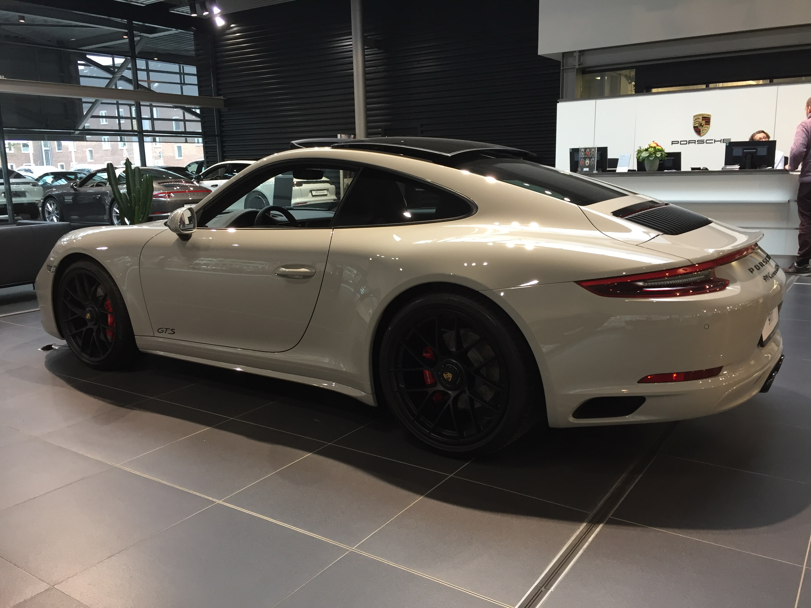 datei porsche 991 2 carrera4 gts coupe seite jpg wikipedia. Black Bedroom Furniture Sets. Home Design Ideas