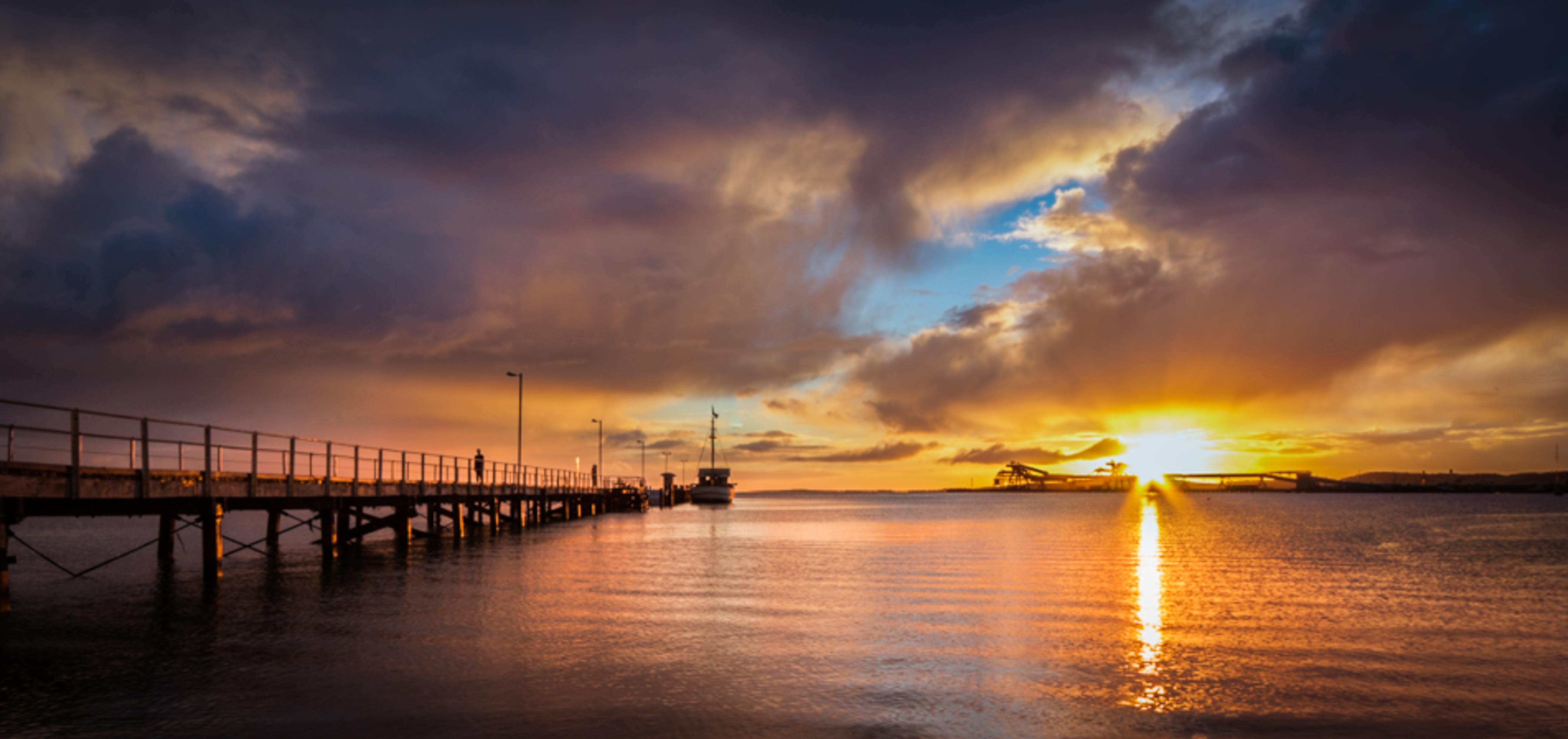 Port Lincoln Australia  city images : Description Port Lincoln Town Jetty at Sunrise South Australia