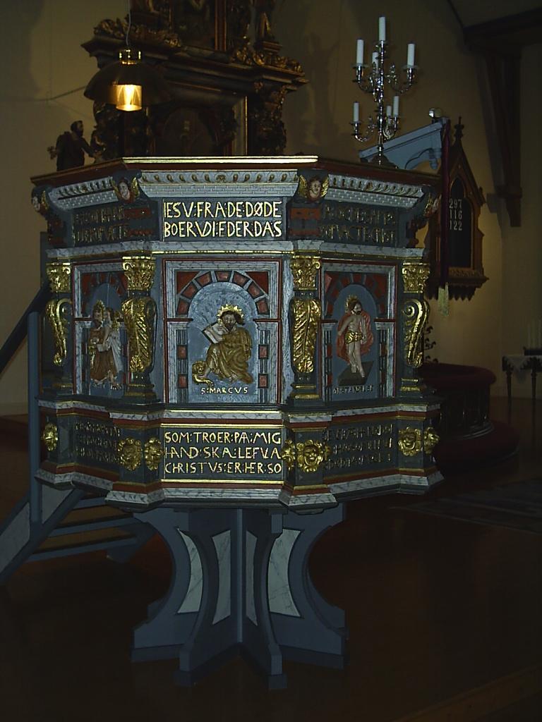 Fil:Tegneby kyrka unam.net Wikipedia