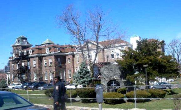 Richmond Egyetem Orvosi központja RUMC_Castleton_Kissel_Avs_jeh