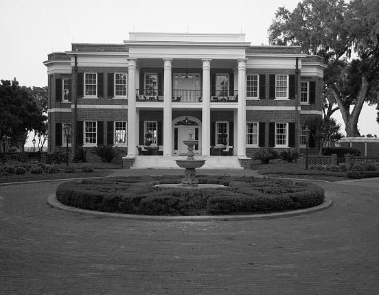 File:Richmond Hill Plantation, Ford Mansion, East of Richmond Hill on Ford Neck Road, Richmond Hill vicinity (Bryan County, Georgia).jpg