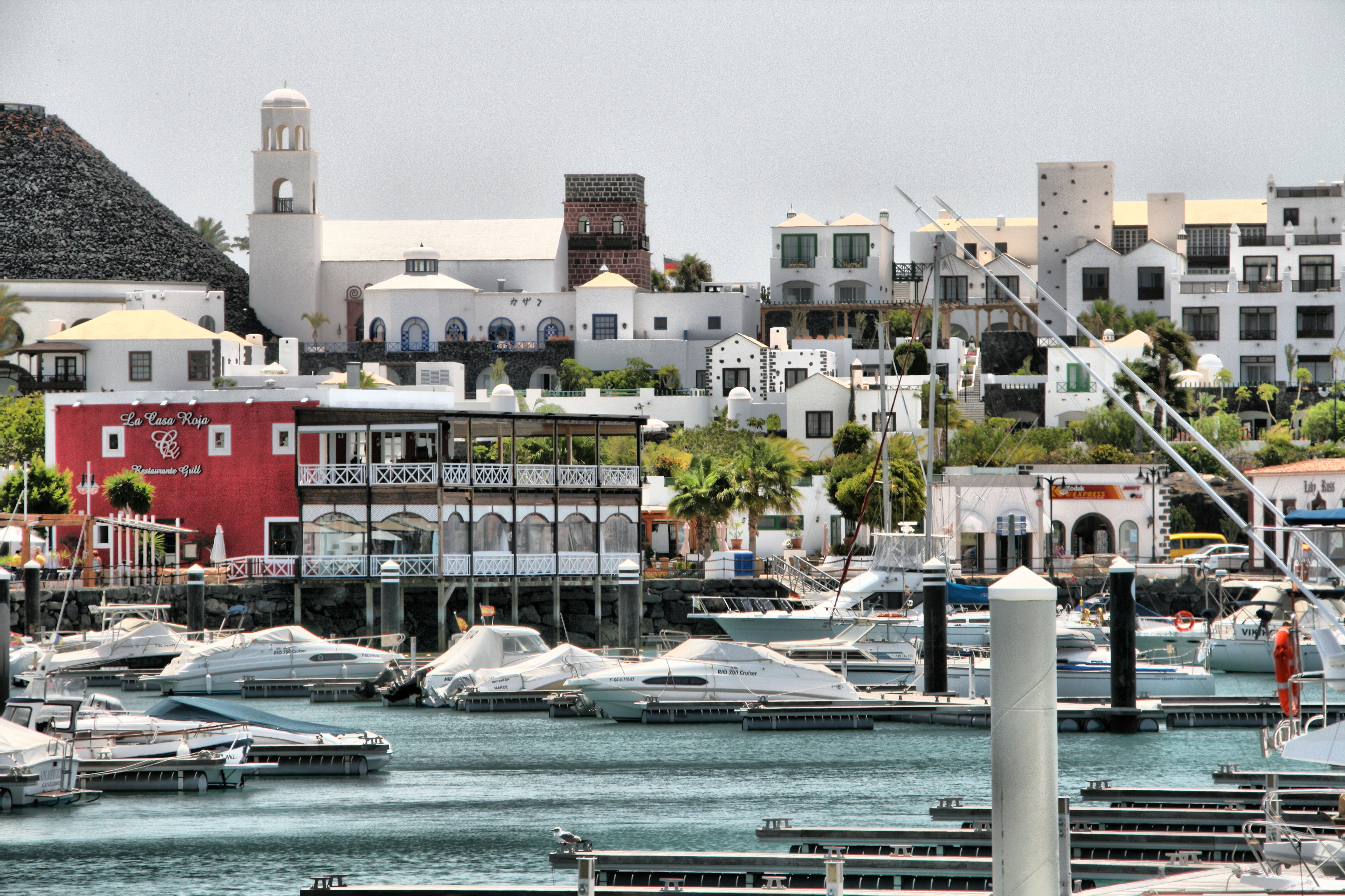File:Rubicon Marina, Playa Blanca, Lanzarote, Canary Islands (2666979377).jpg