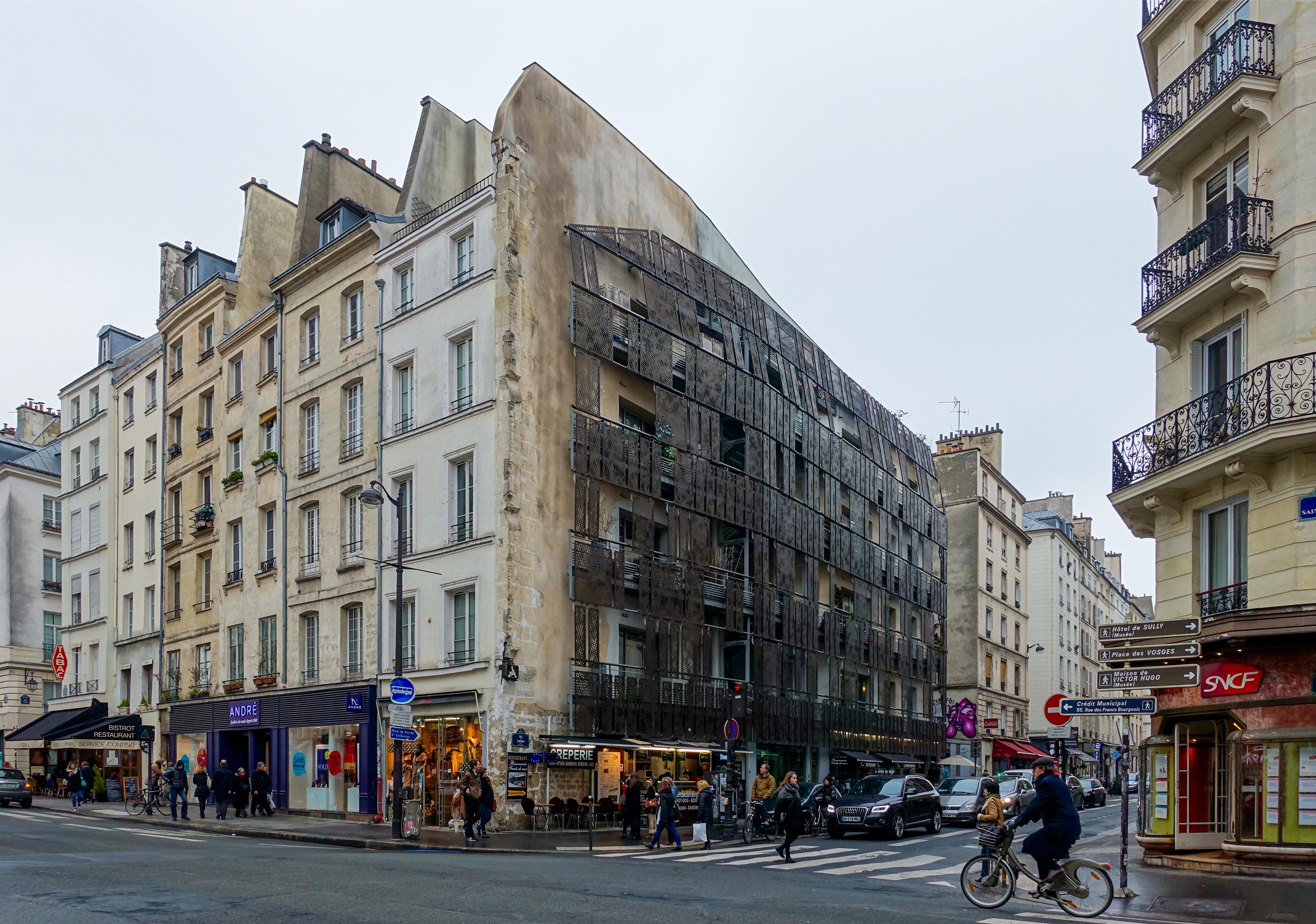 file rue saint antoine rue de turenne paris 23 january wikimedia commons. Black Bedroom Furniture Sets. Home Design Ideas