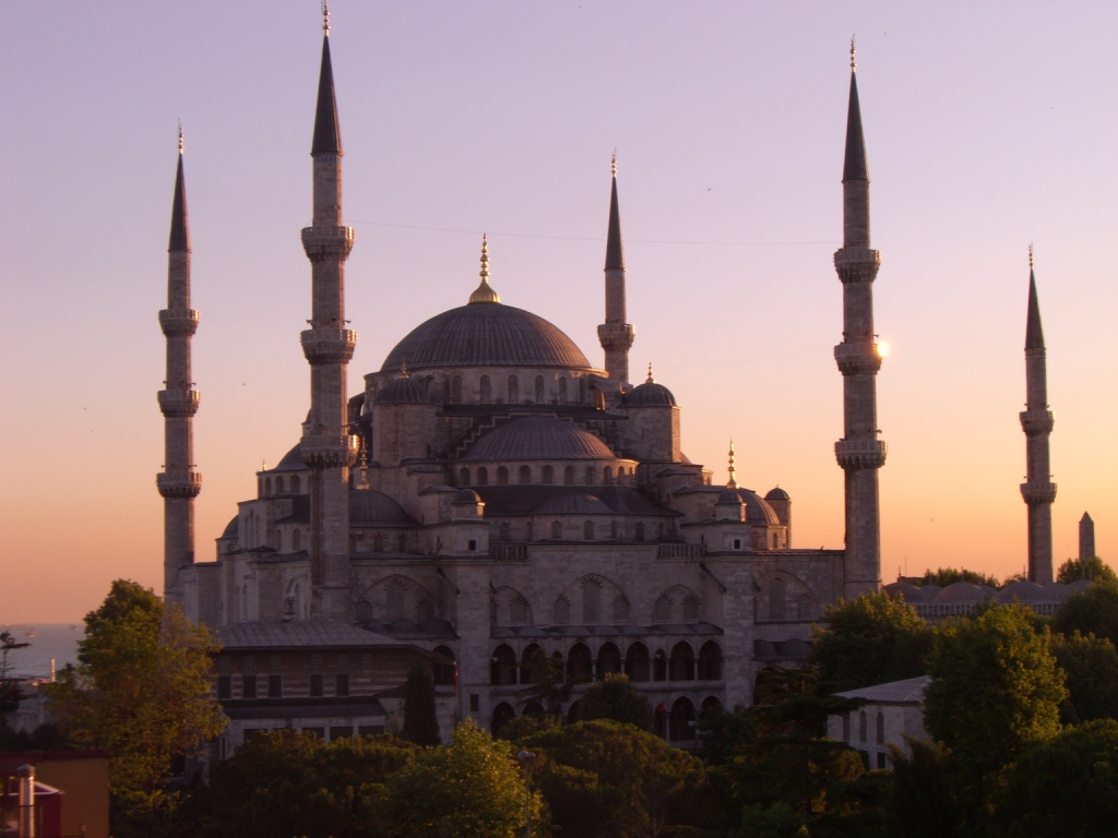 Sultan Ahmed Mosque, Istambul.jpg