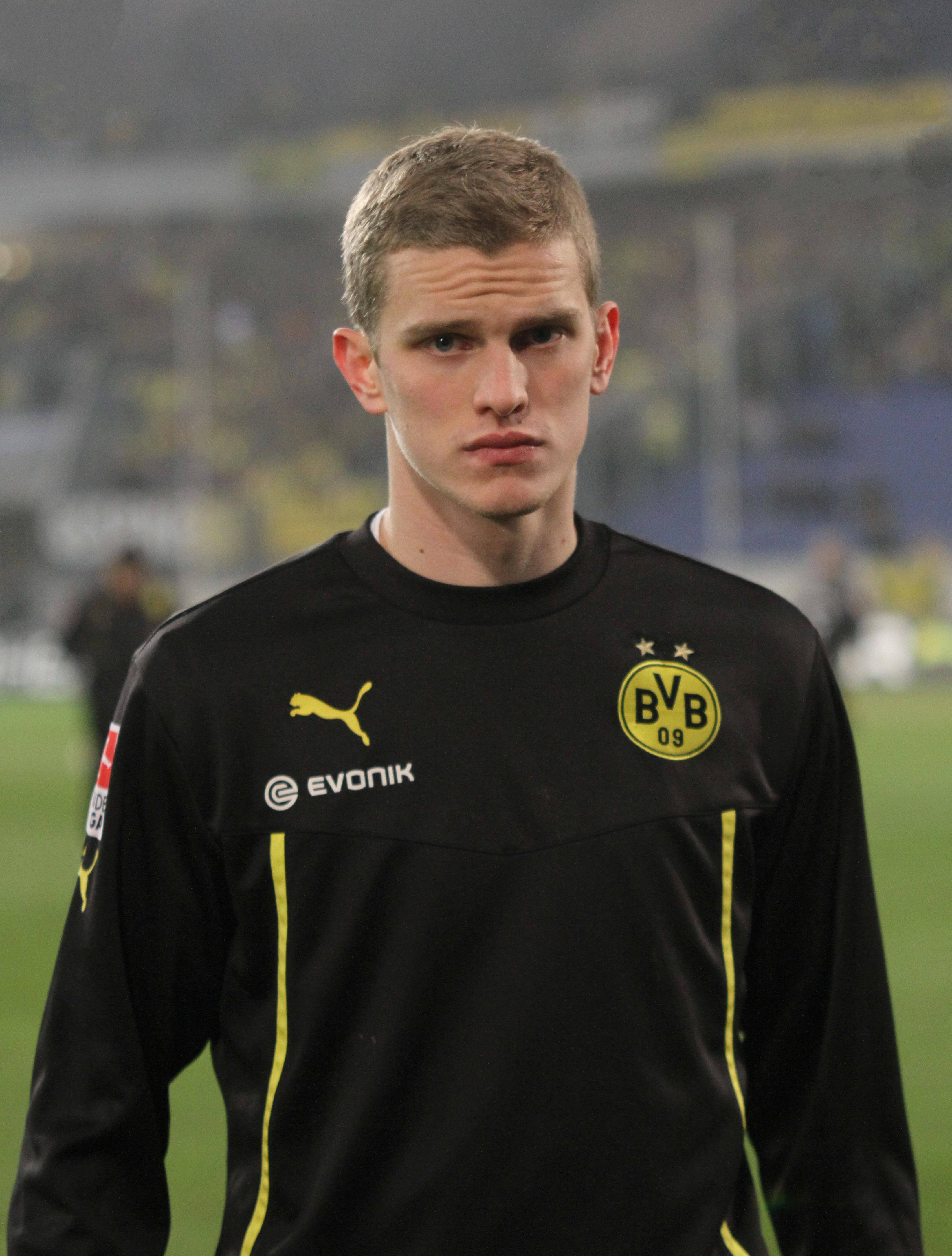 Sven Bender - Wikipedia