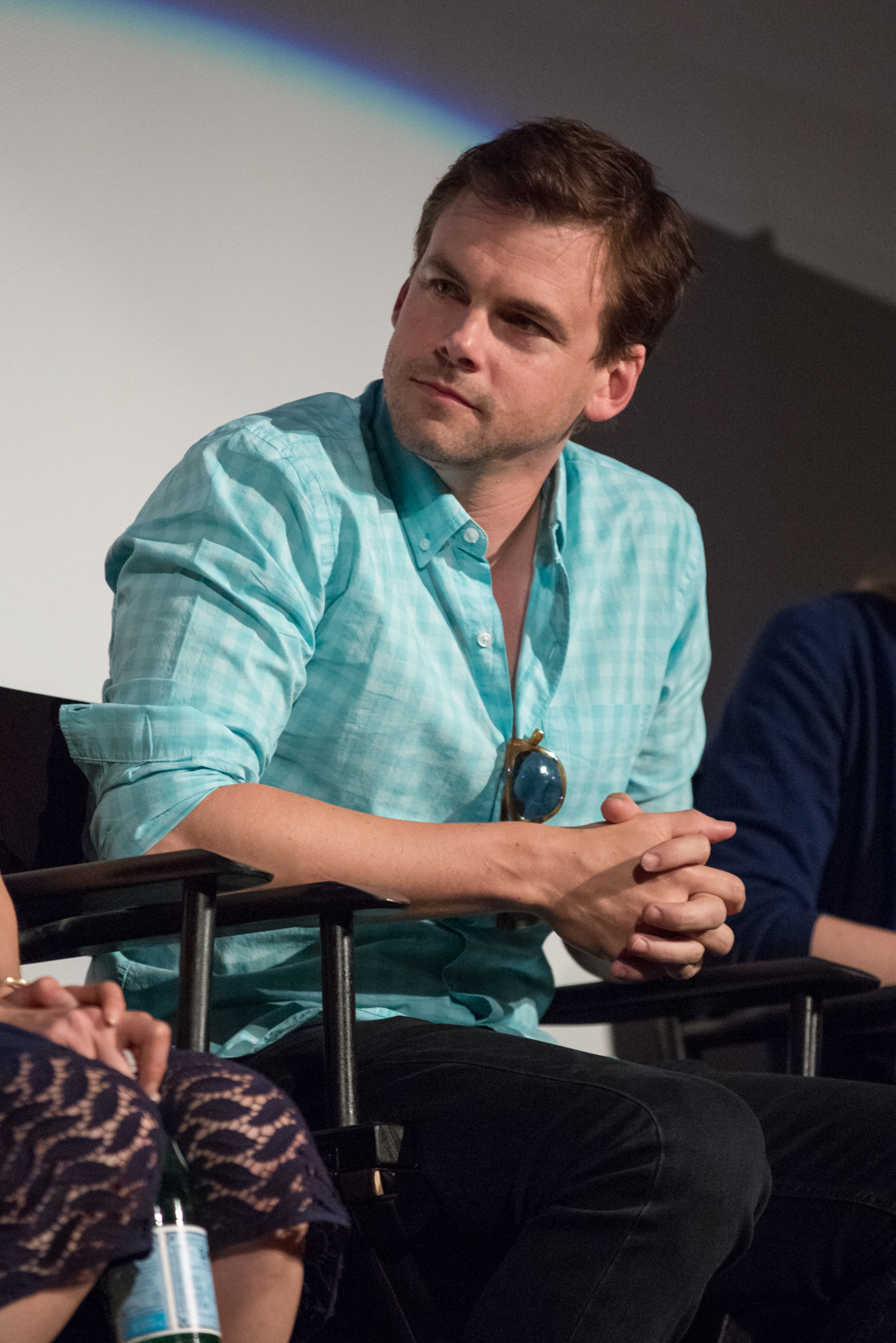 The 40-year old son of father (?) and mother(?) Tommy Dewey in 2018 photo. Tommy Dewey earned a  million dollar salary - leaving the net worth at 1 million in 2018