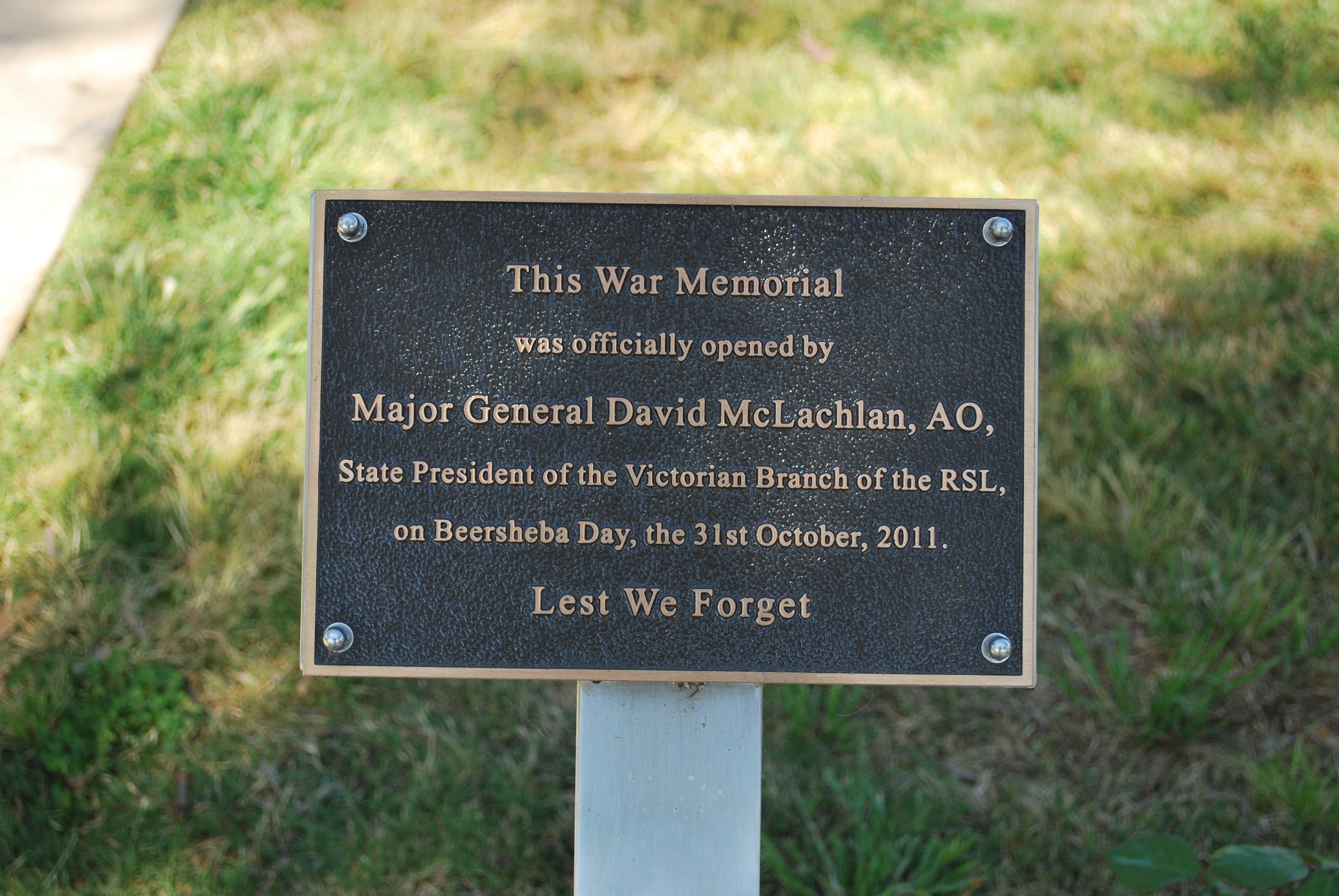 Vietnam War Memorial Washington Vietnam War Memorial 004