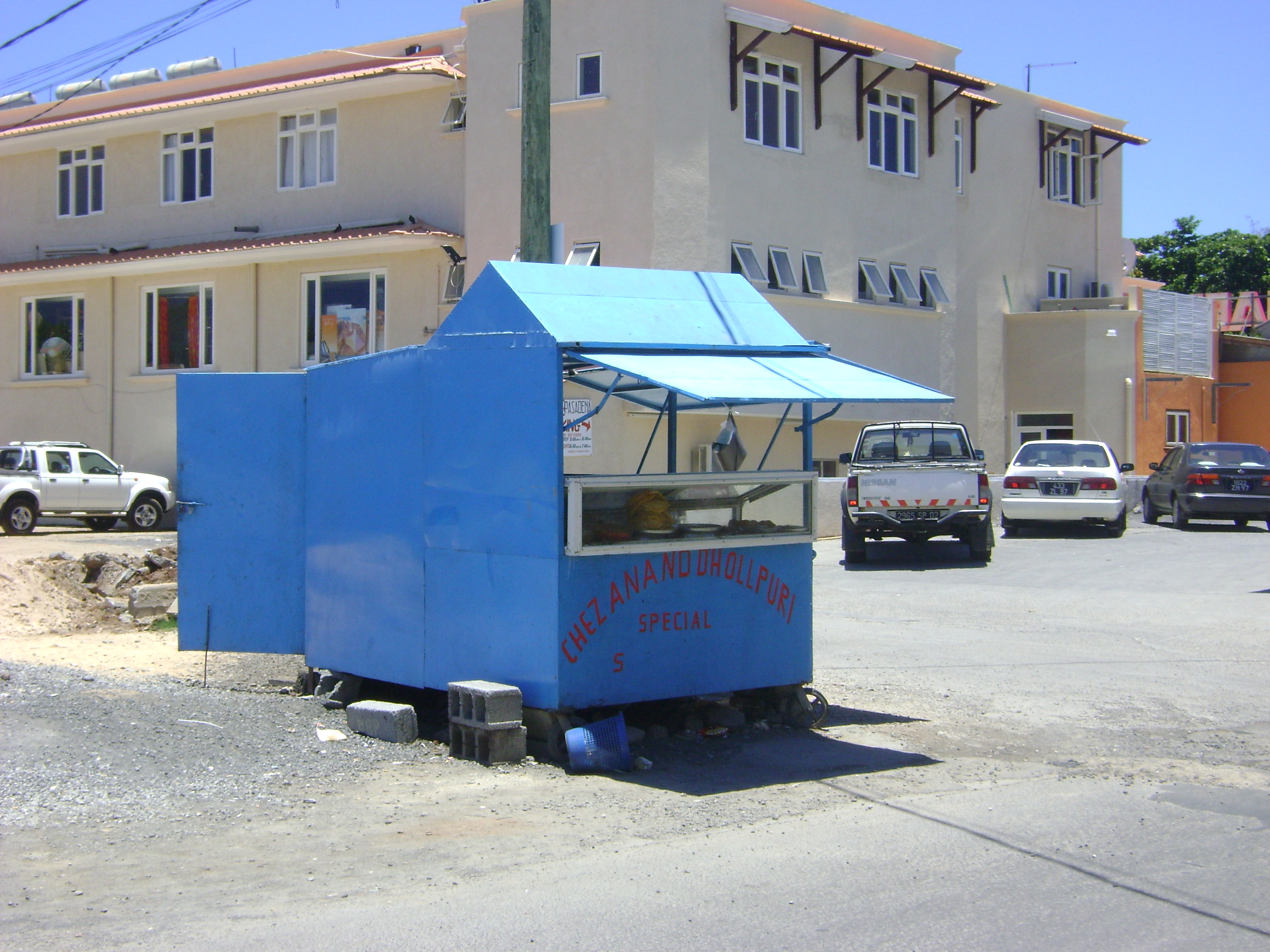 Street food stall in Mauritius. Photo by Wikipedia Commons.