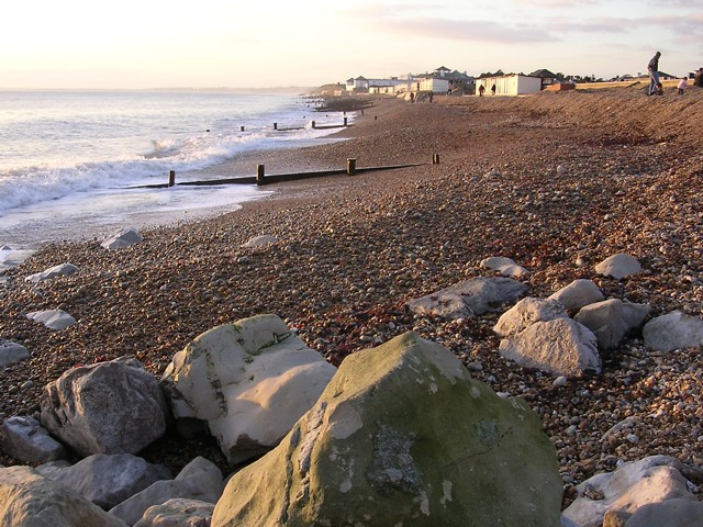 View west along the beach at Milford-on-Sea - geograph.org.uk - 109281