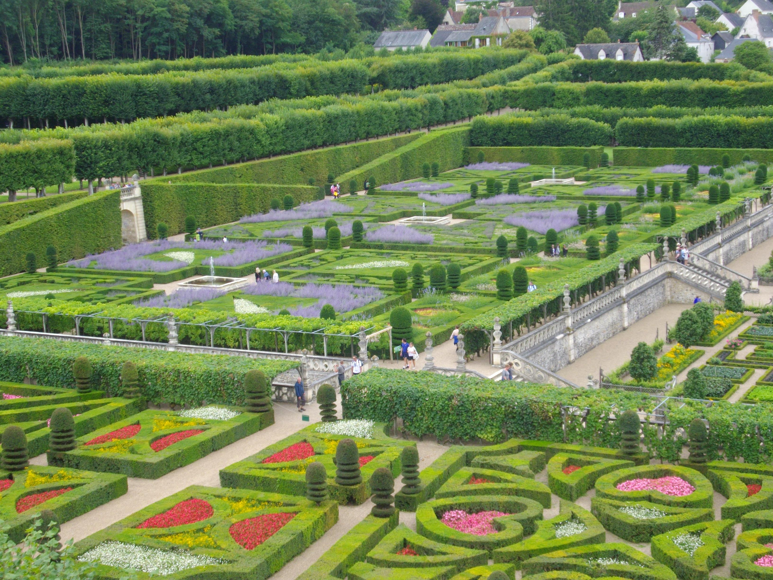 File:Villandry - château, jardin d\'ornement (14).jpg - Wikimedia Commons
