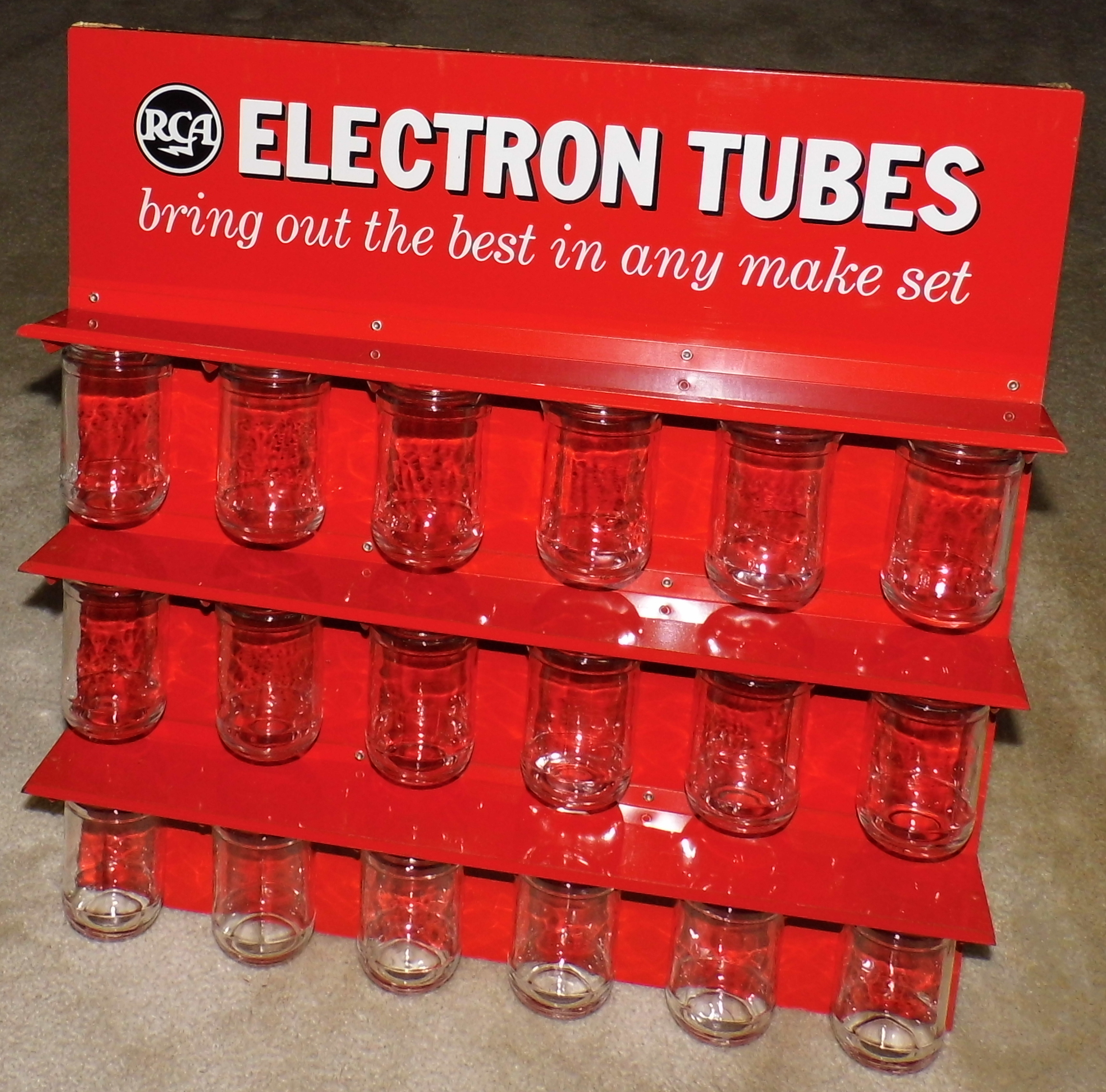 361117969963 as well File Vintage RCA Electron Tubes Wall Bottle Rack For Radio Repair Shops  14893631961 likewise 28 furthermore Eng RCA Victor BP 10 furthermore Vintagetvs. on old rca radio tubes