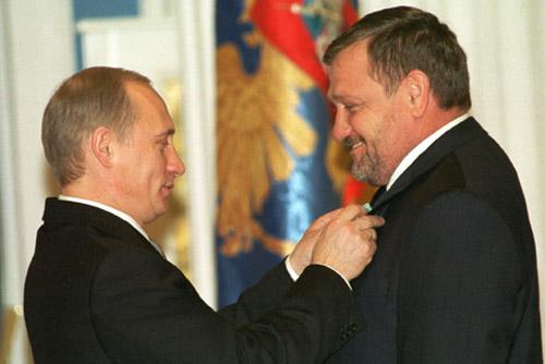 День памяти. . В Чечне широко отметили 60-летие первого през…