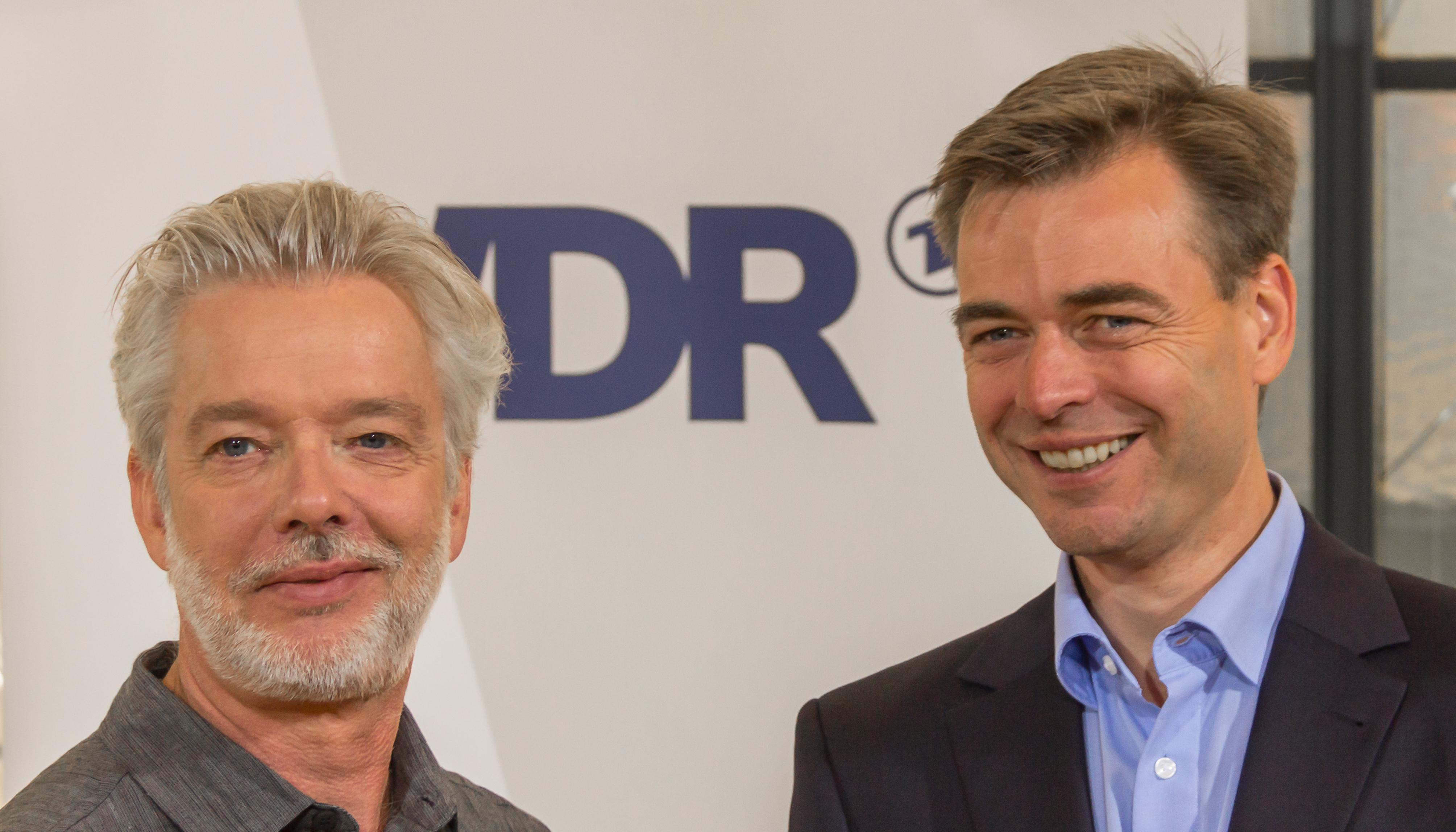 Chefdirigent des WDR Sinfonieorchesters Jukka-Pekka Saraste und Orchestermanager Siegwald Bütow © Raimond Spekking / CC BY-SA 4.0