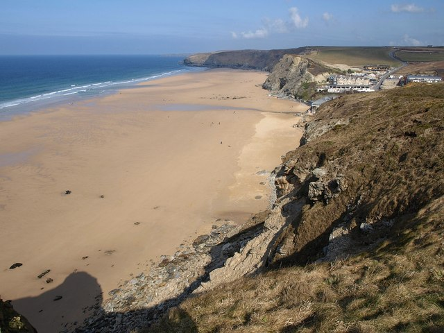 File:Watergate Beach - geograph.org.uk - 1759873.jpg