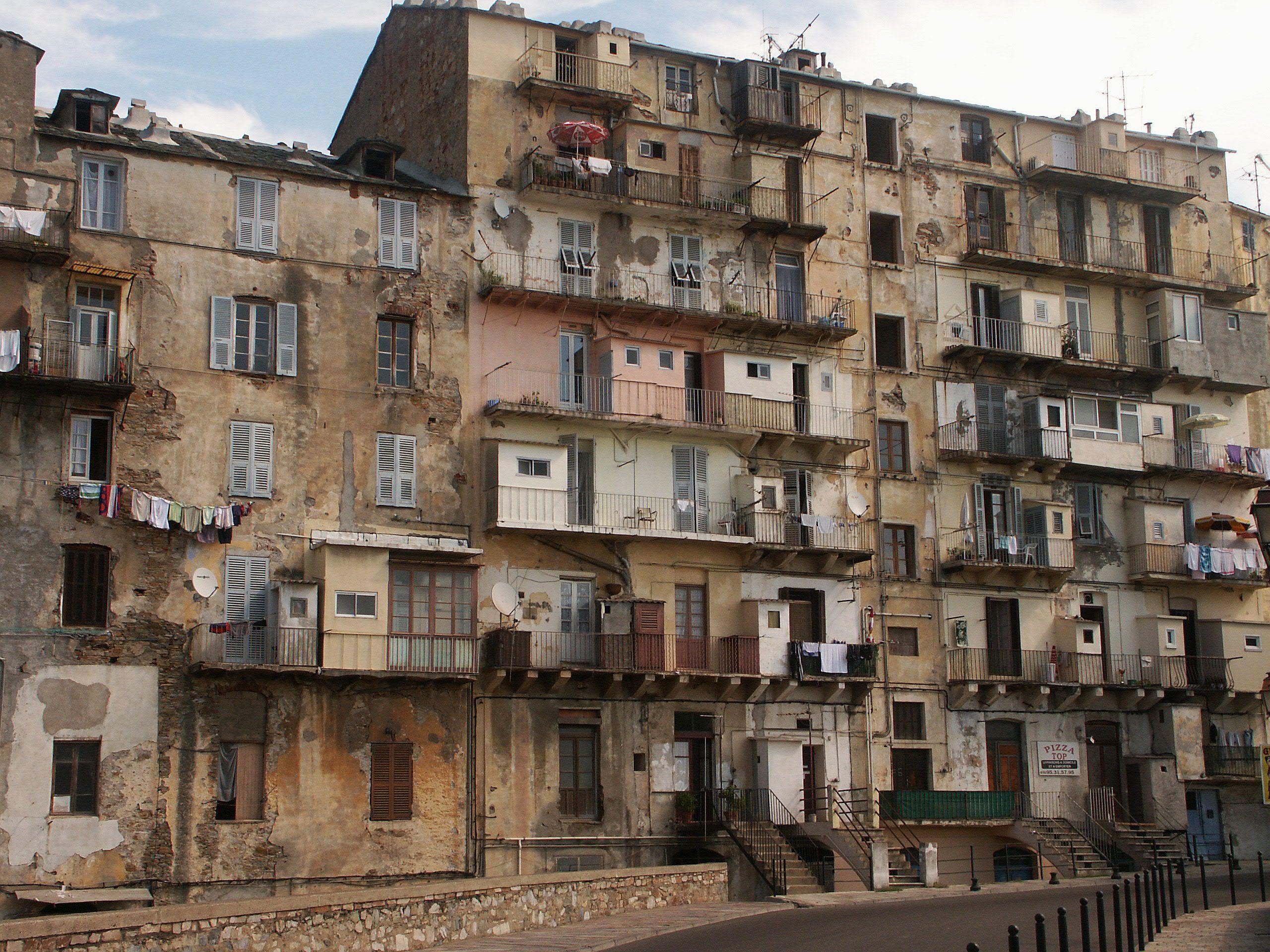 Building Ville Marie