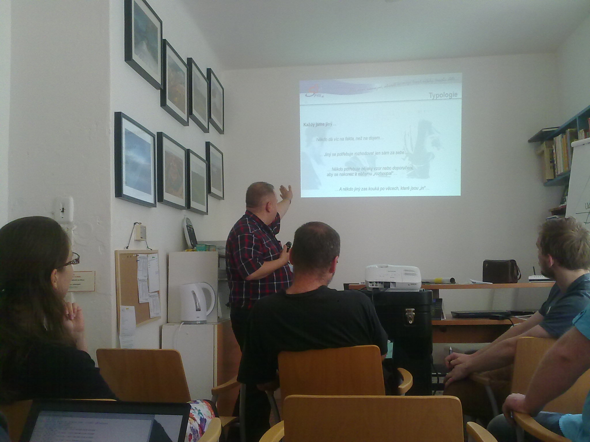 Workshop with Ivo Spilka, Wikimedia Czech Republic Office, photo 2.jpg