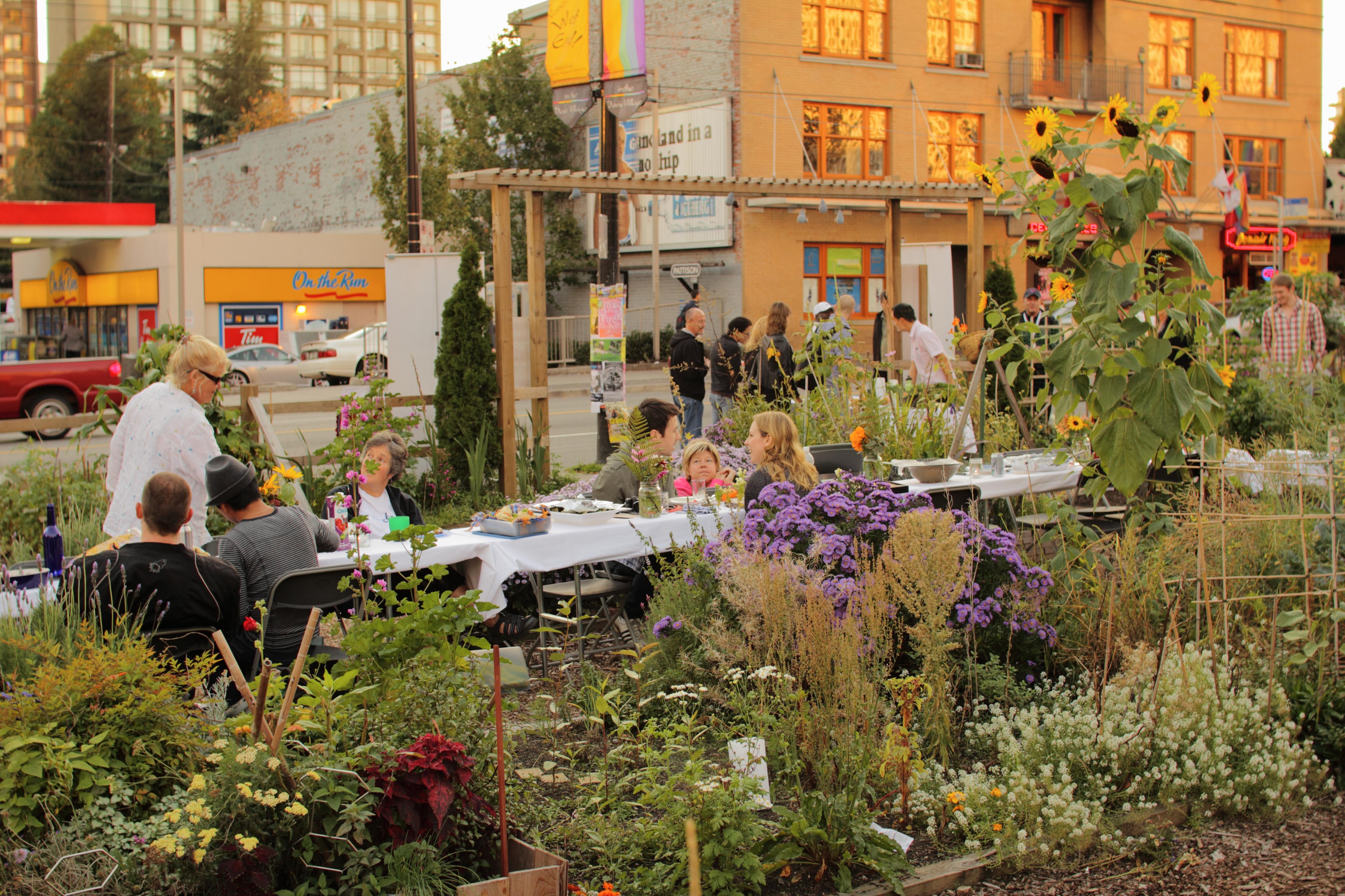 File:2010 Davie Street community garden Vancouver BC Canada ...