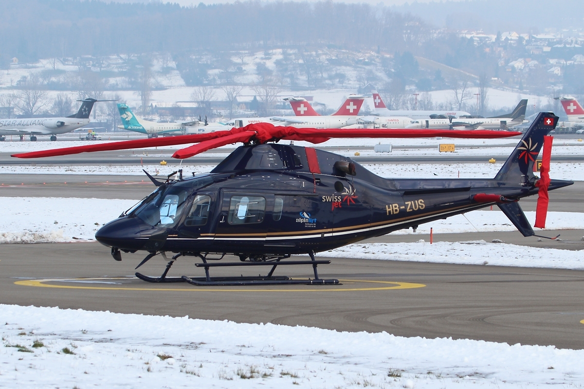 File:Agusta A119 Koala Mk.II Air Engiadina HB-ZUS, ZRH ...