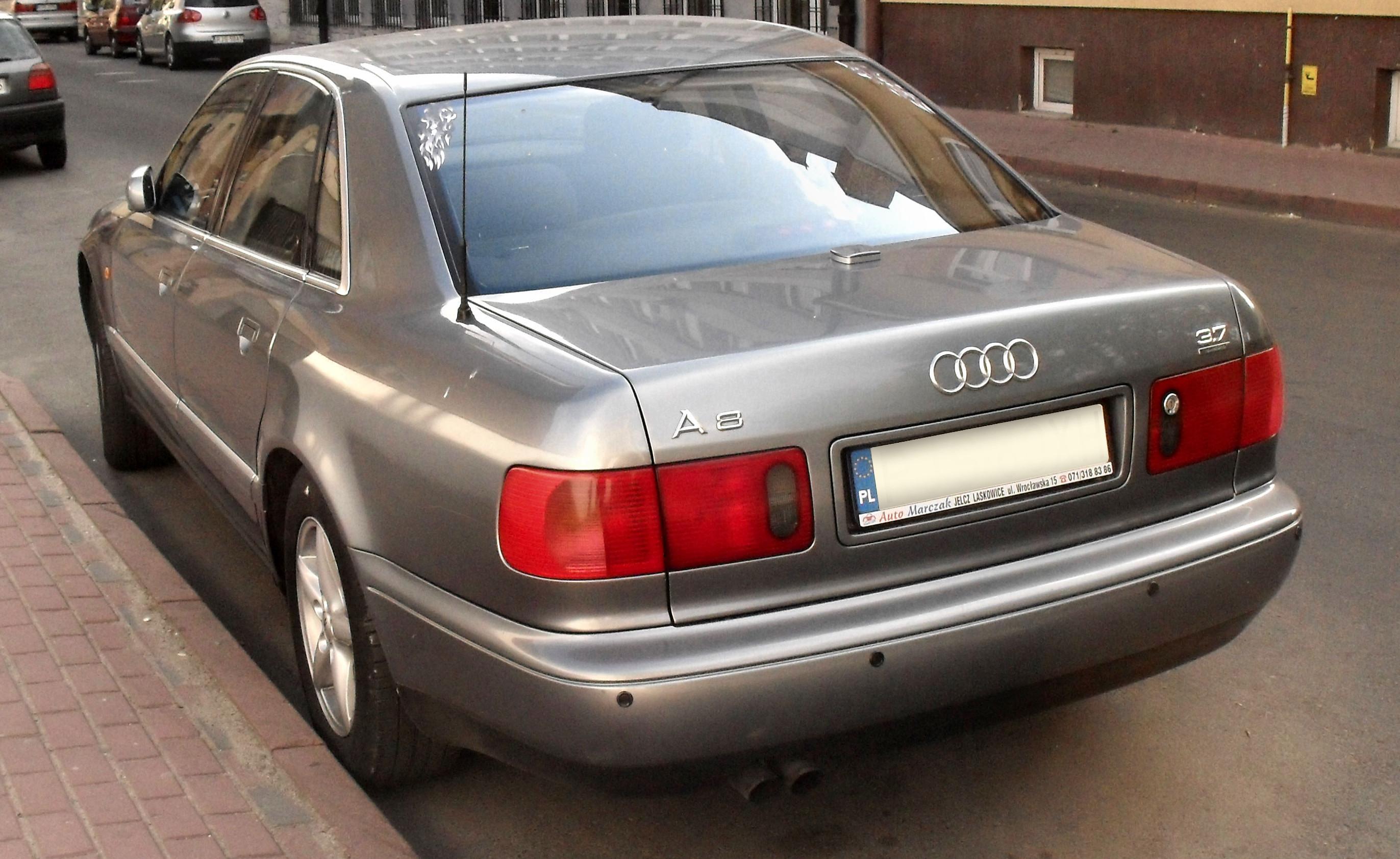 Audi A8 D2 – Auto Bild Idee