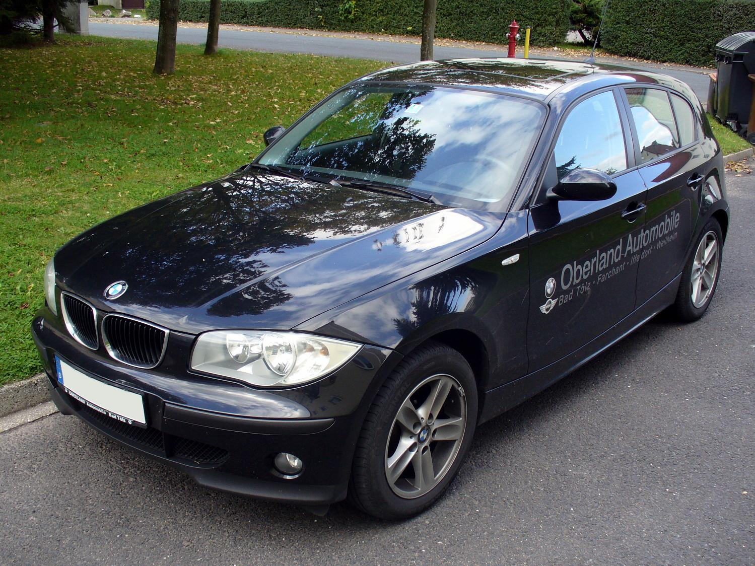 2011 bmw 118d cars wallpapers and specification with previews. Black Bedroom Furniture Sets. Home Design Ideas