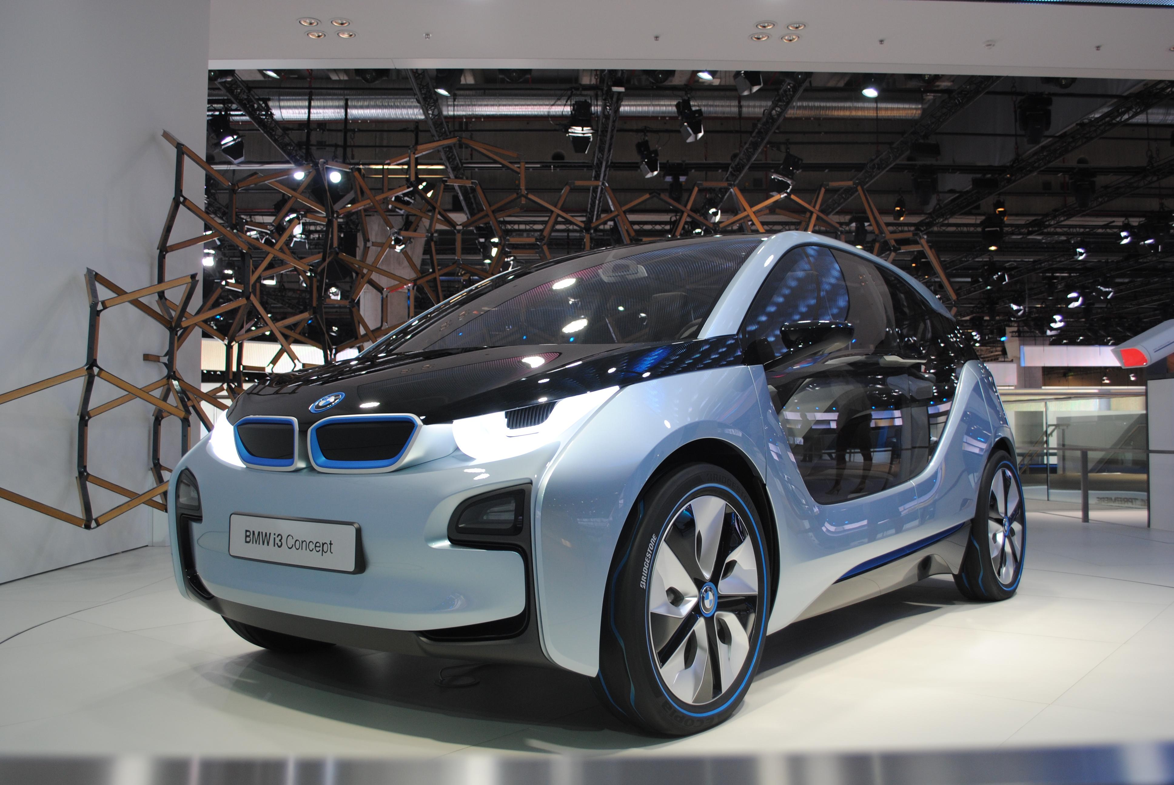 File:BMW i3 at the Frankfurt Motor Show 2011 (6143058171).jpg ...
