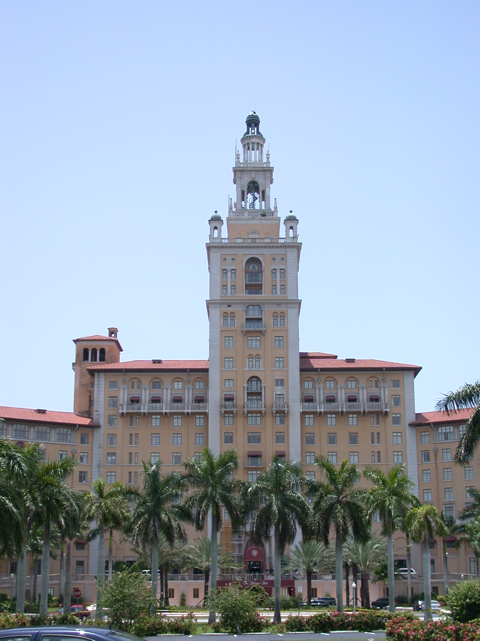 coral gables personals A free guide to coral gables adult personals and finding sex partners in coral gables with articles and advice about using online adult personals.