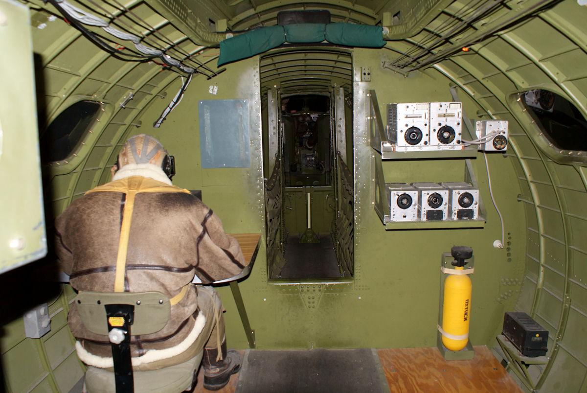 B17 Flying Fortress interior