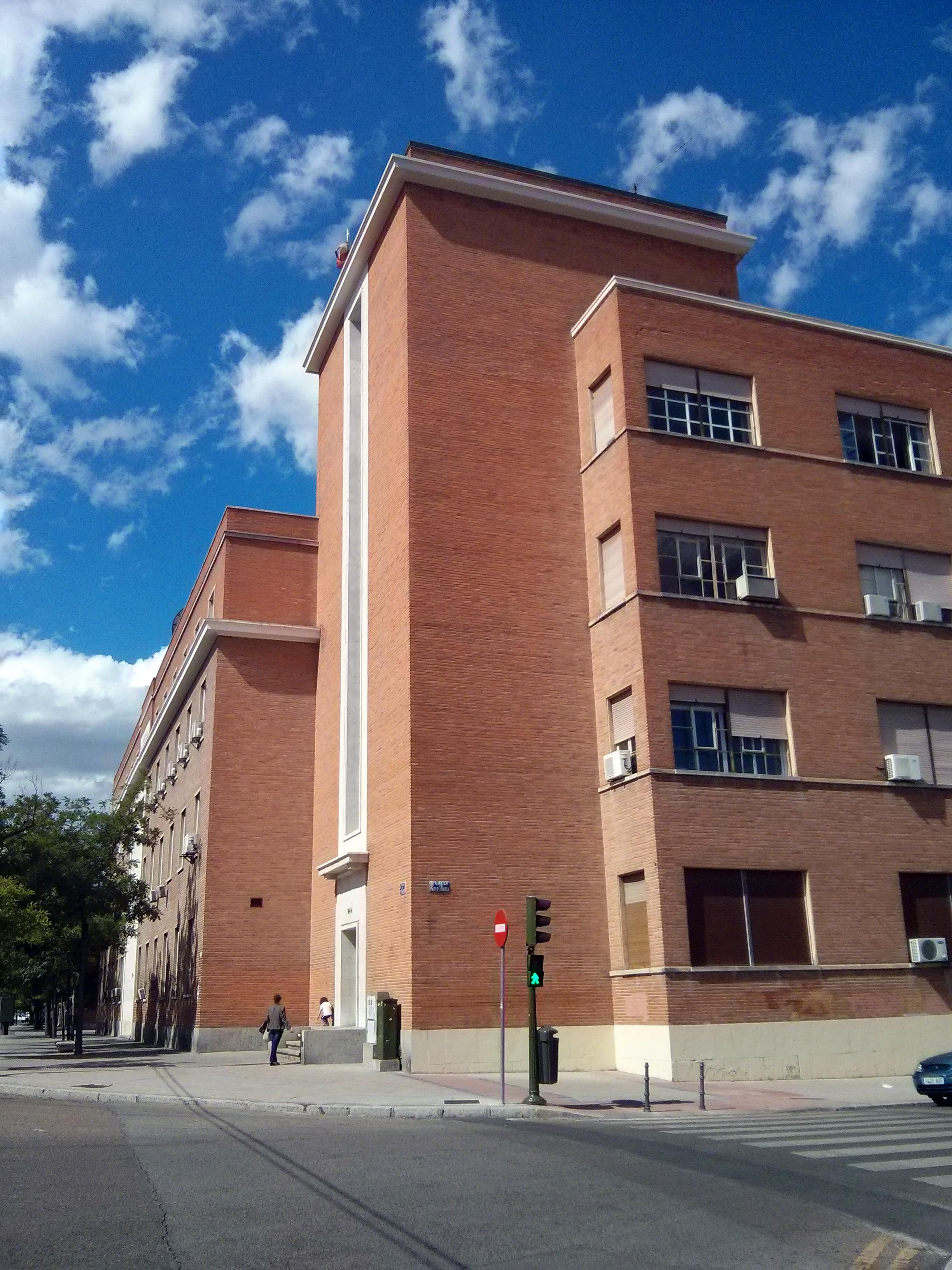 File calle serrano 144 wikimedia commons - Calle serrano 55 madrid ...