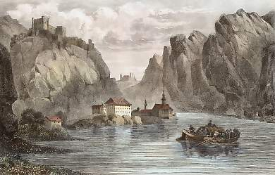 At Durenstein, the river cuts through the fissured rock, creating a narrow canyon. The French had little room to maneuver as the Russians attacked them from the canyons that ran perpendicular to the river. Castle at durnstein.jpg