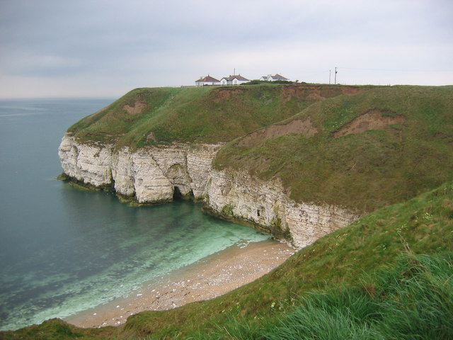 Cliffs At Thornwick Bay - geograph.org.uk - 412220
