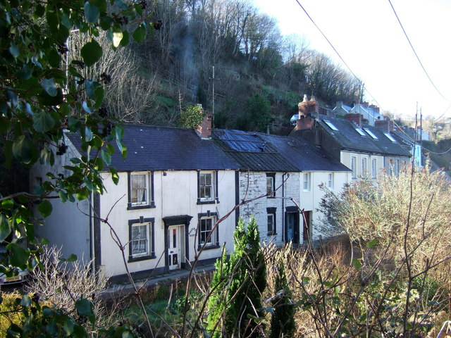 Cottages, Llandudoch-St Dogmaels - geograph.org.uk - 331079