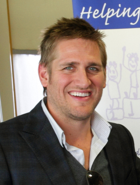 Curtis Stone Wife, Family, Net Worth, Height, Biography
