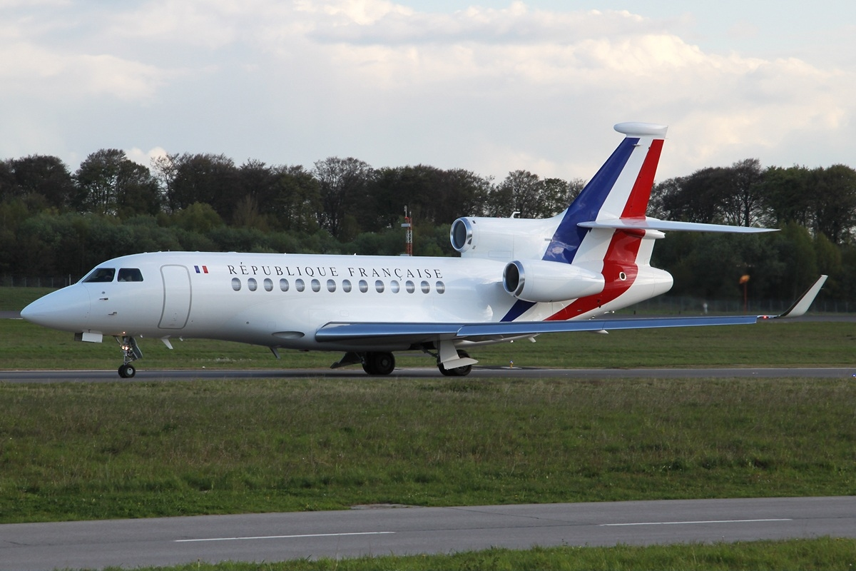 file dassault falcon 7x france air force lux luxembourg findel