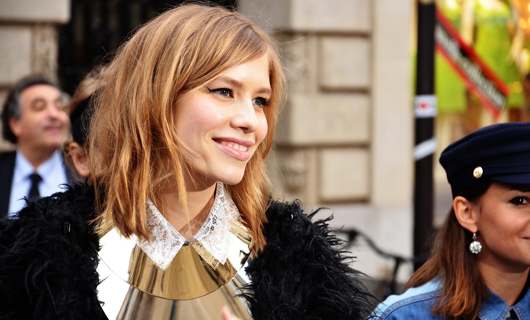 File:Elena Perminova - Paris Haute Couture Spring-Summer 2012 n2 ...