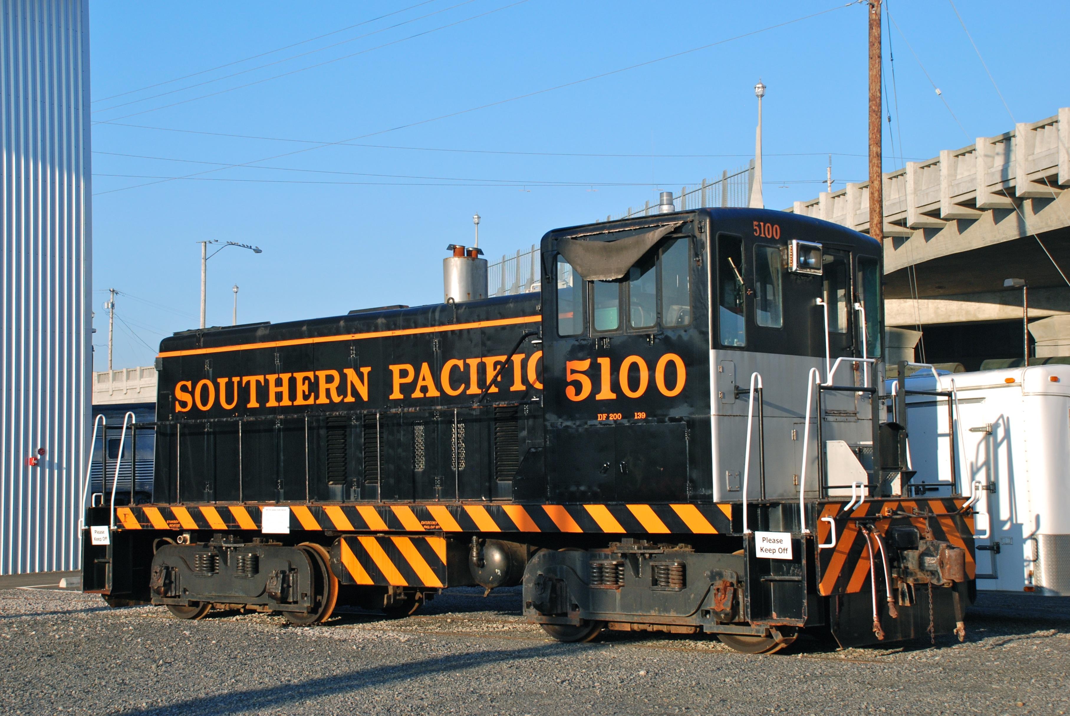 GE 70-ton switcher - Wikipedia
