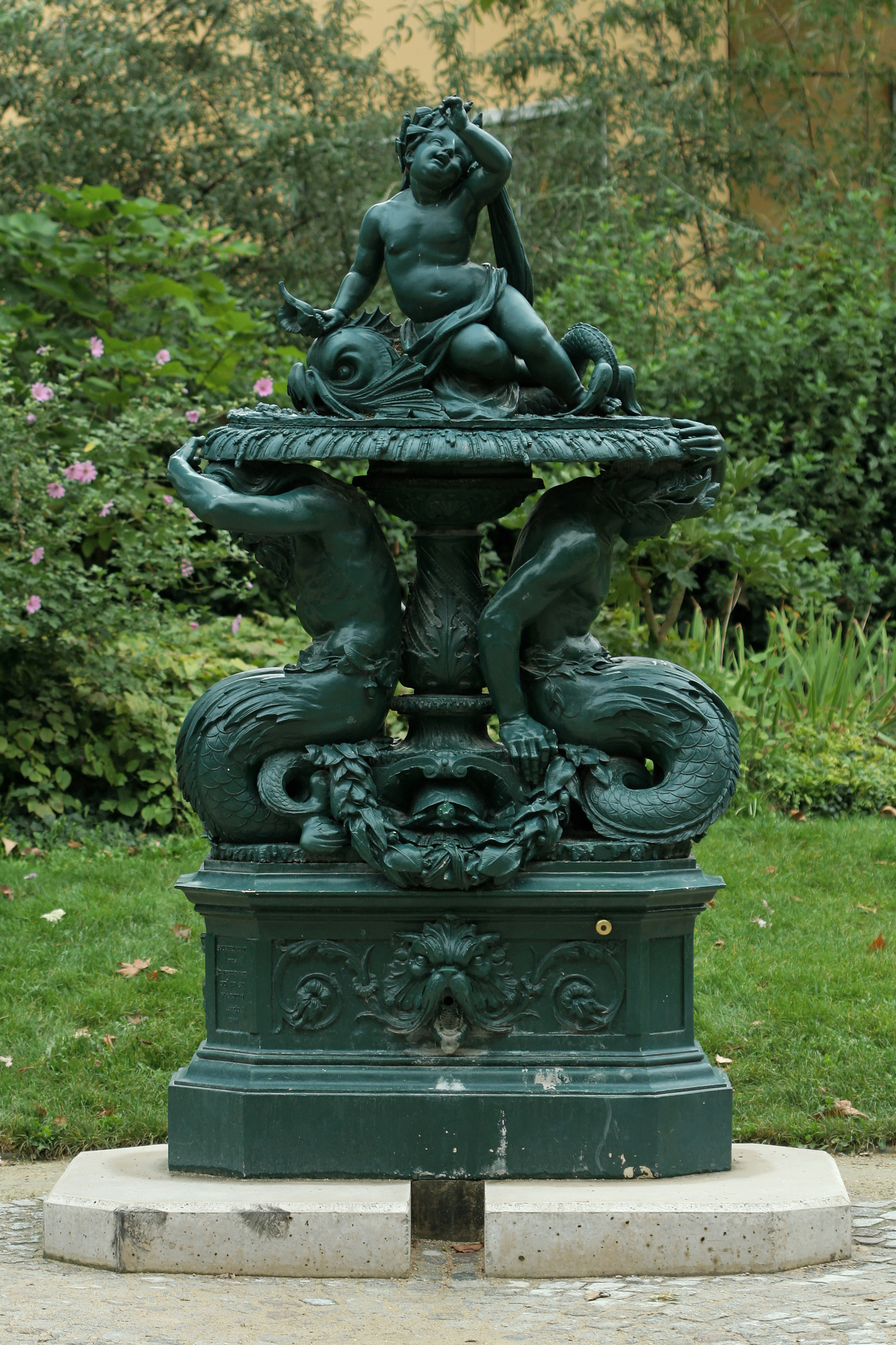 File fontaine du jardin villemin wikimedia commons for Jardin villemin