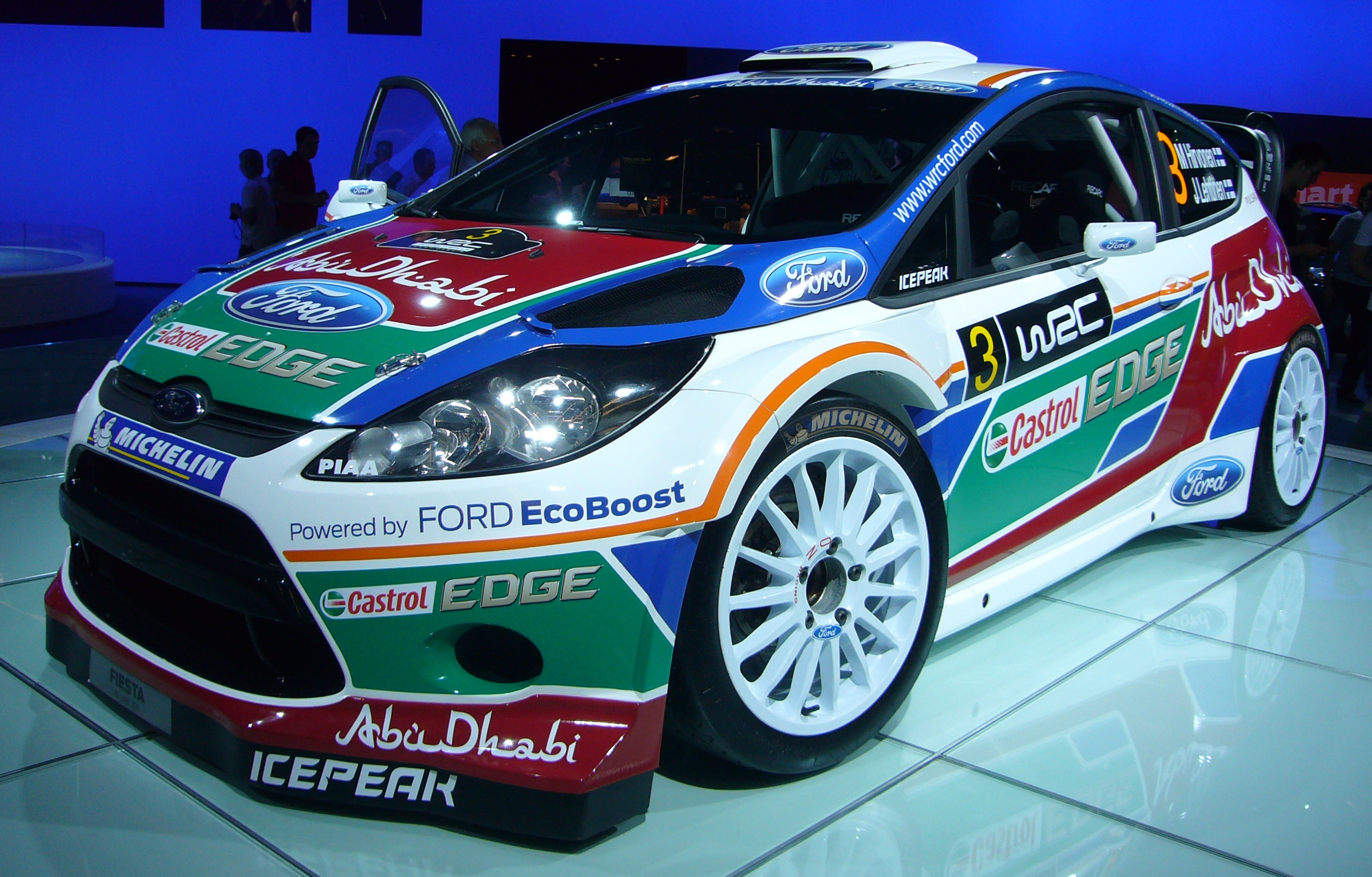 file ford fiesta wrc front quarter jpg wikimedia commons. Black Bedroom Furniture Sets. Home Design Ideas