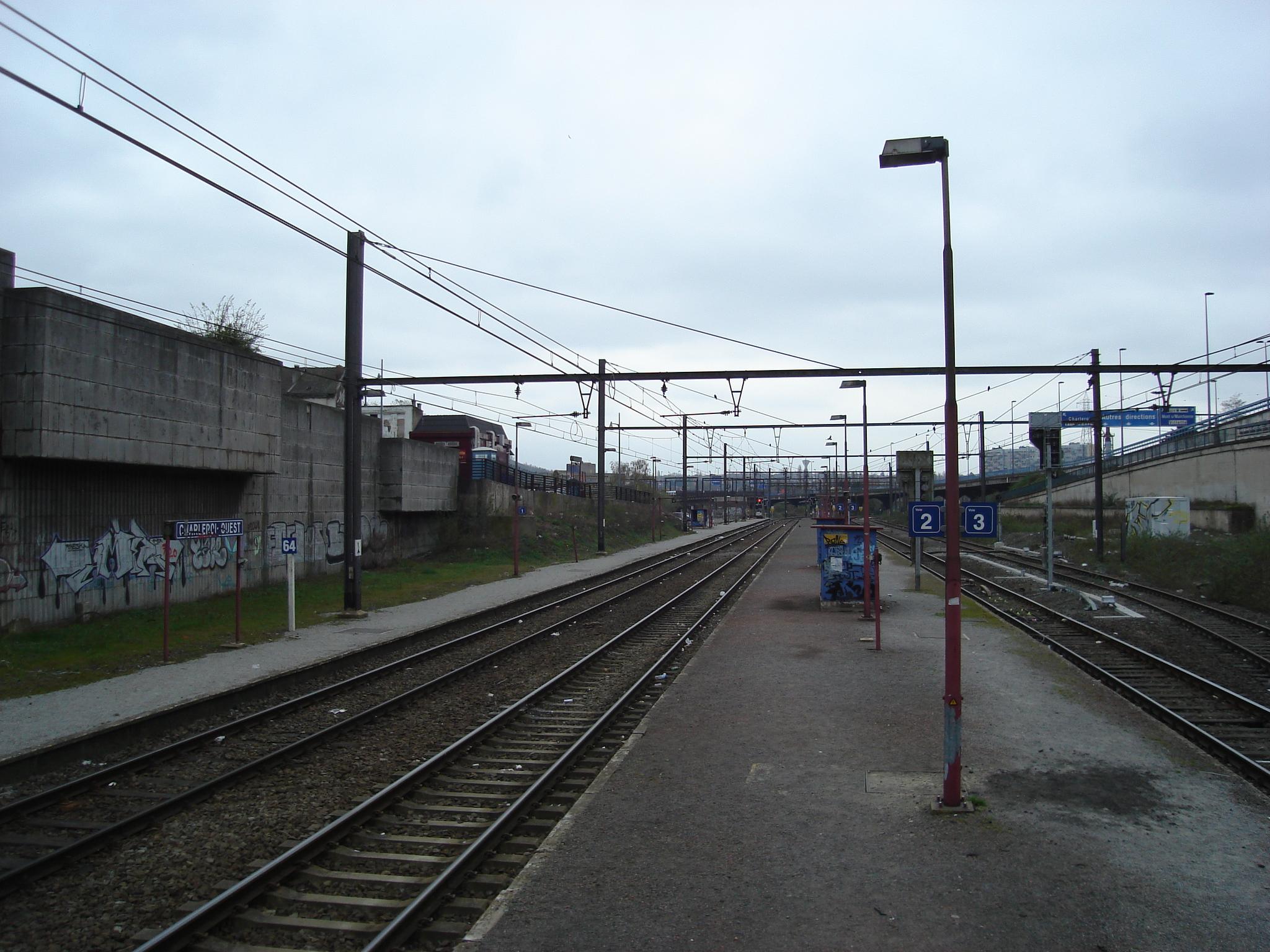 Gare de Charleroi-Ouest — Wikipédia